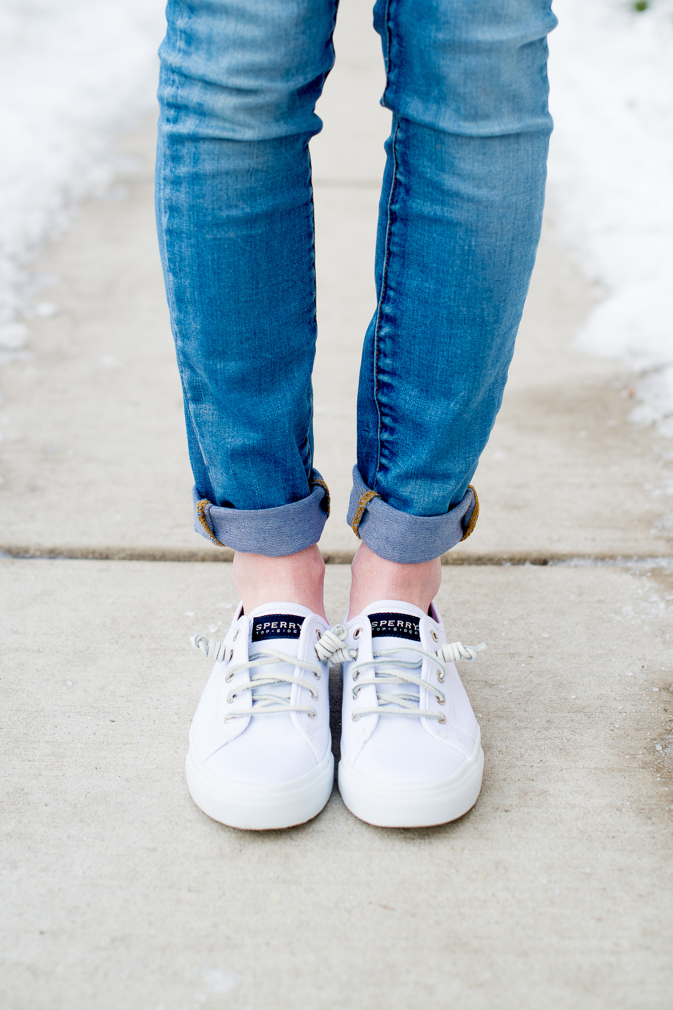 White Sneakers - Kelly in the City