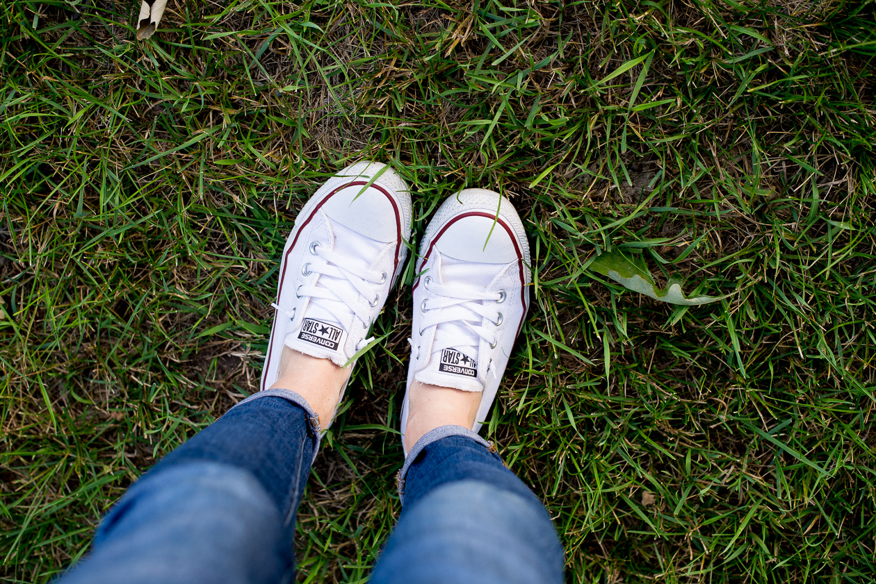 famous footwear-44