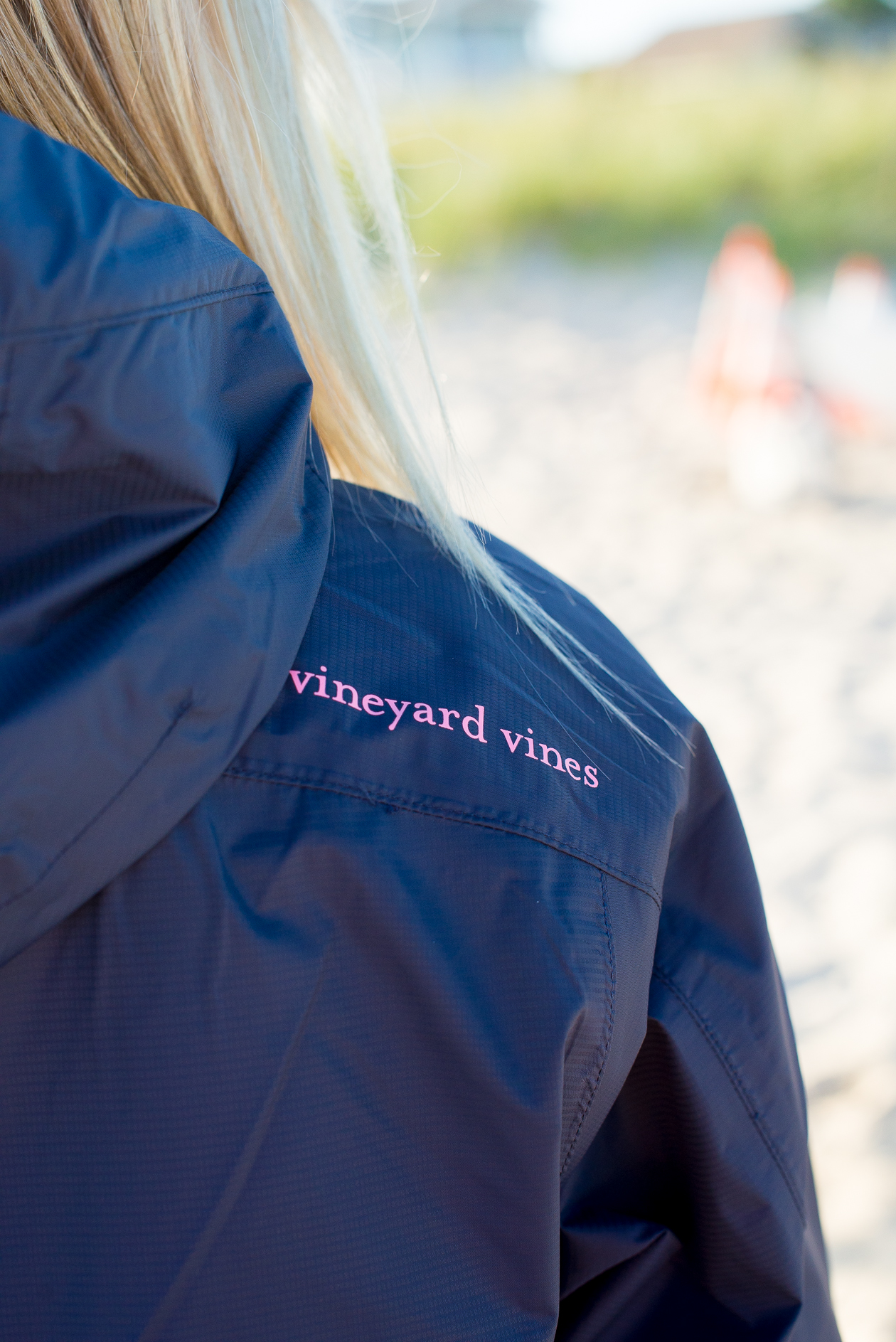 Vineyard Vines Stow & Go Rain Coat-29