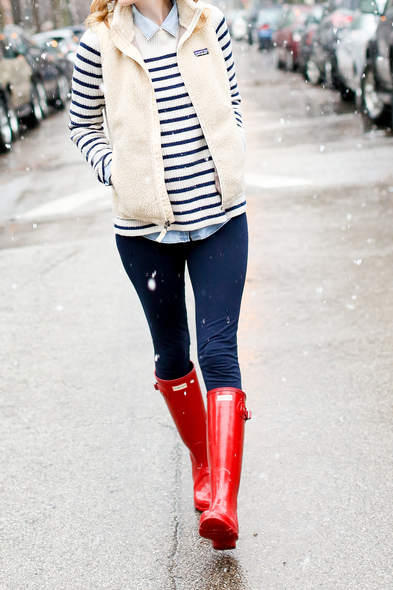 red glossy hunter boots chicago blogger-29