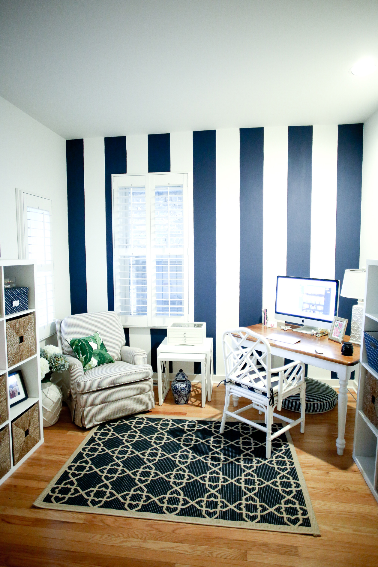 Navy-Stripe-Walls-9