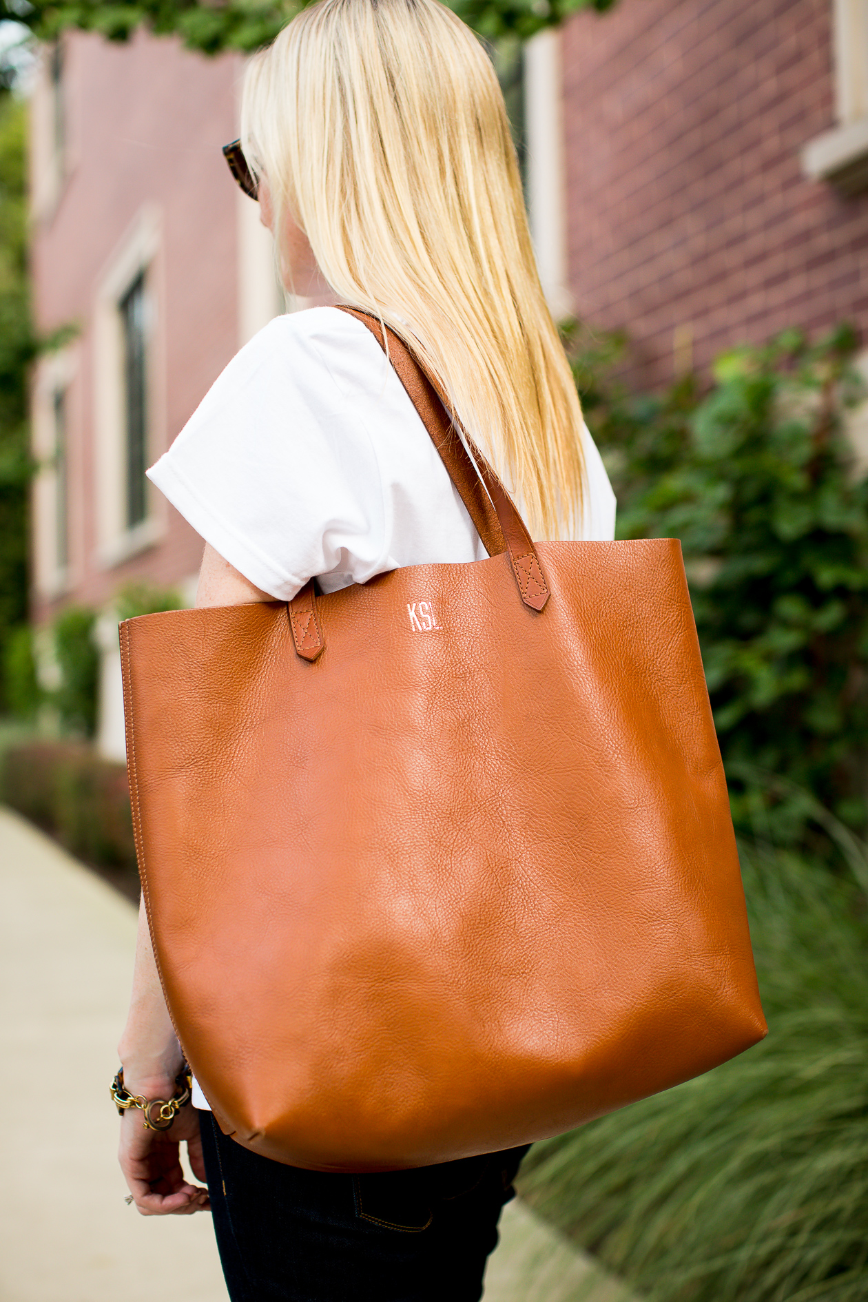 madewell-transport-tote-88
