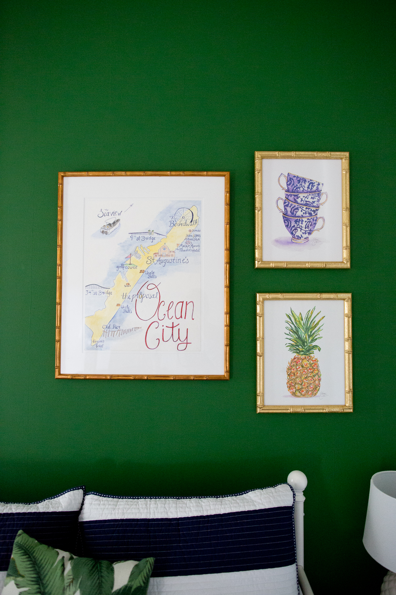 preppy-green-walls-gold-frames-519