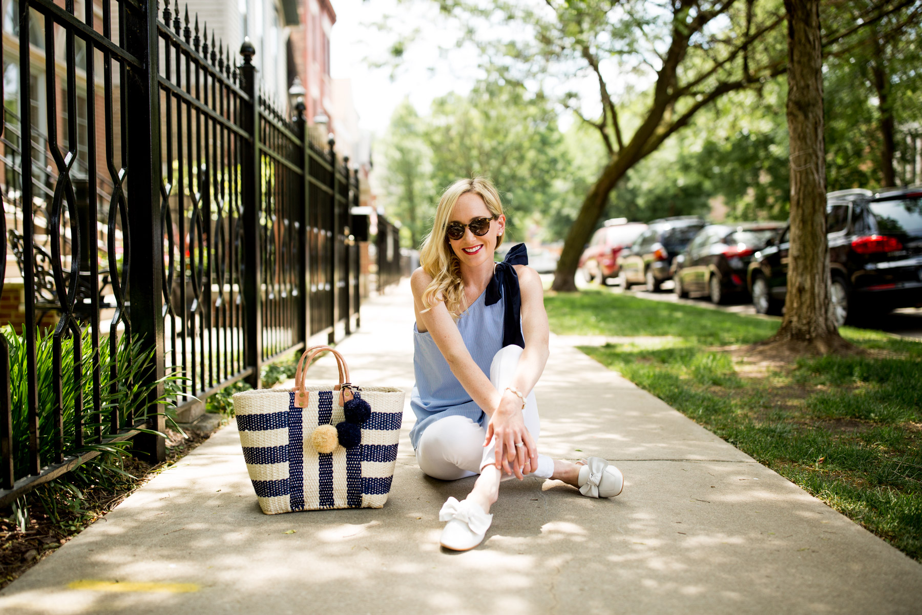 Scalloped Bow Top/ Bow Mules/ Newer Kendra Scott Bracelets t c/o/ Favorite White Skinny Jeans / Woven Tote