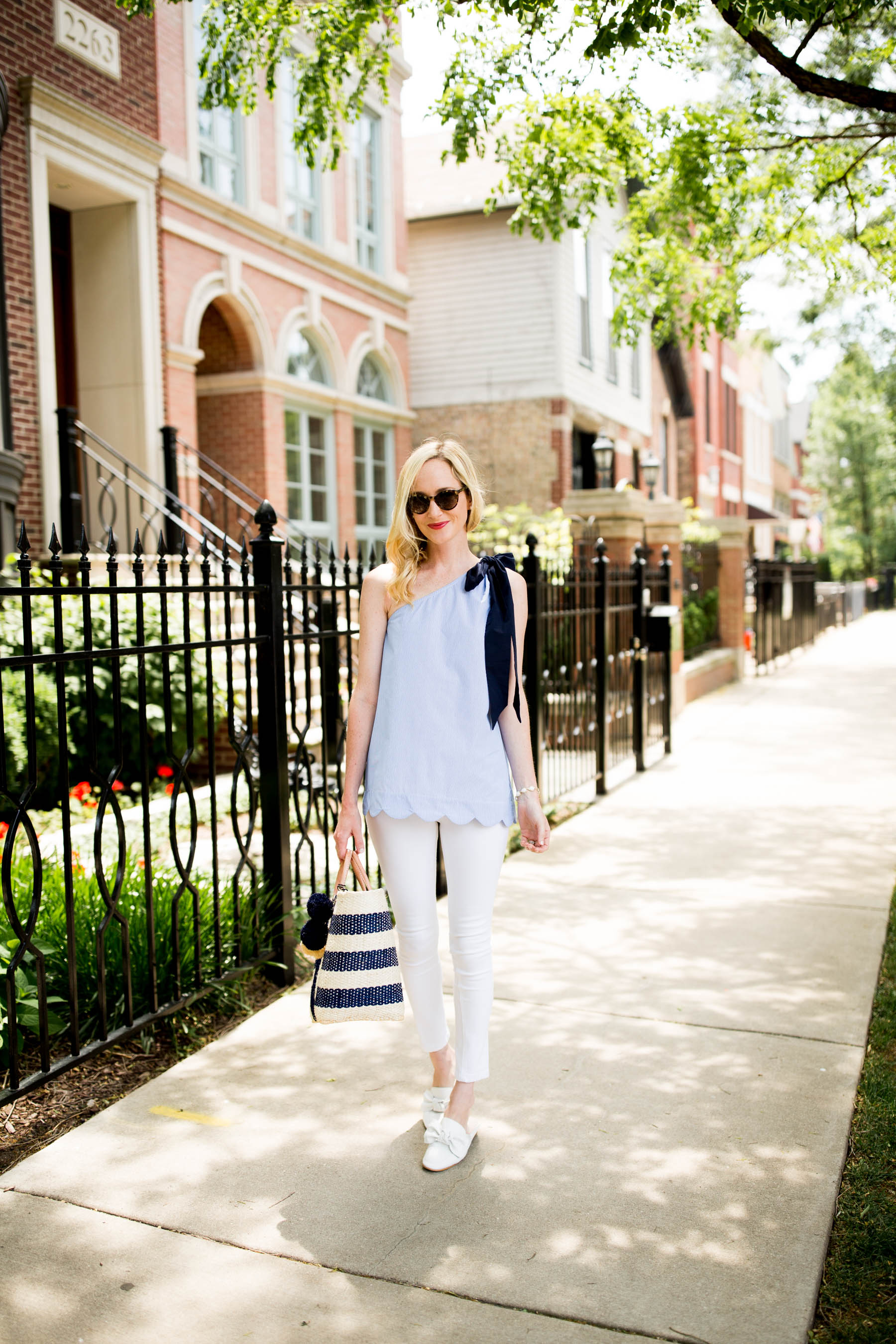 Scalloped Bow Top by Kelly Larkin | Kelly in the City