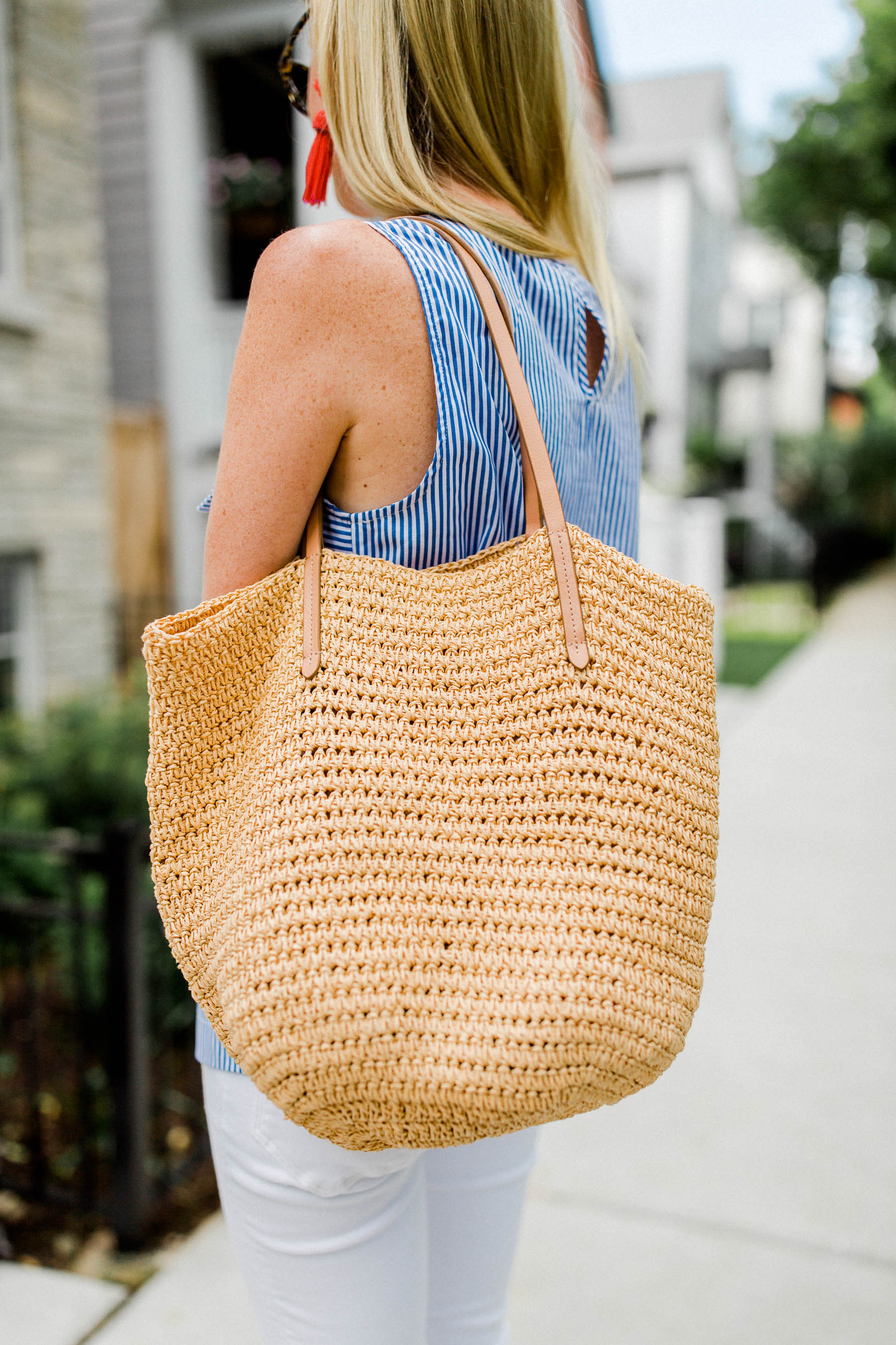 Bow Top /  Straw Tote / Lisi Lerch Earrings