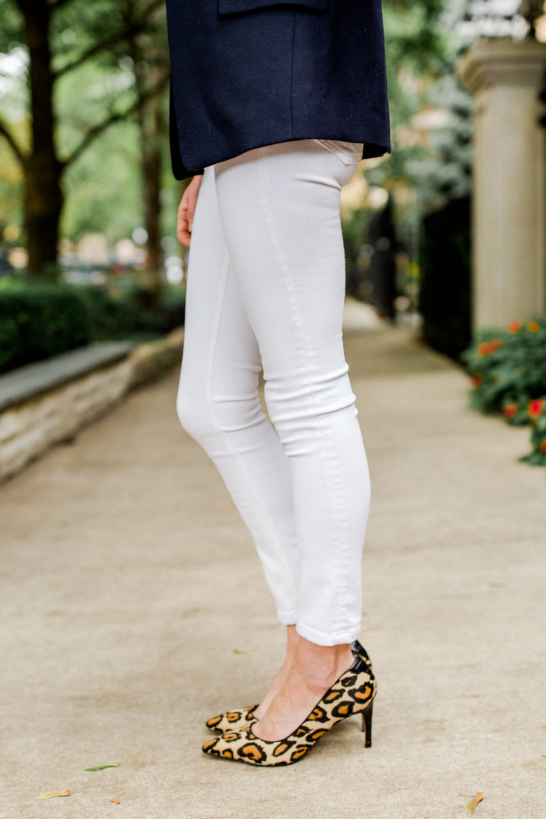 8ff0d5c32c 10 Great Pairs of Skinny Jeans - The Best Denim For Preppy Style