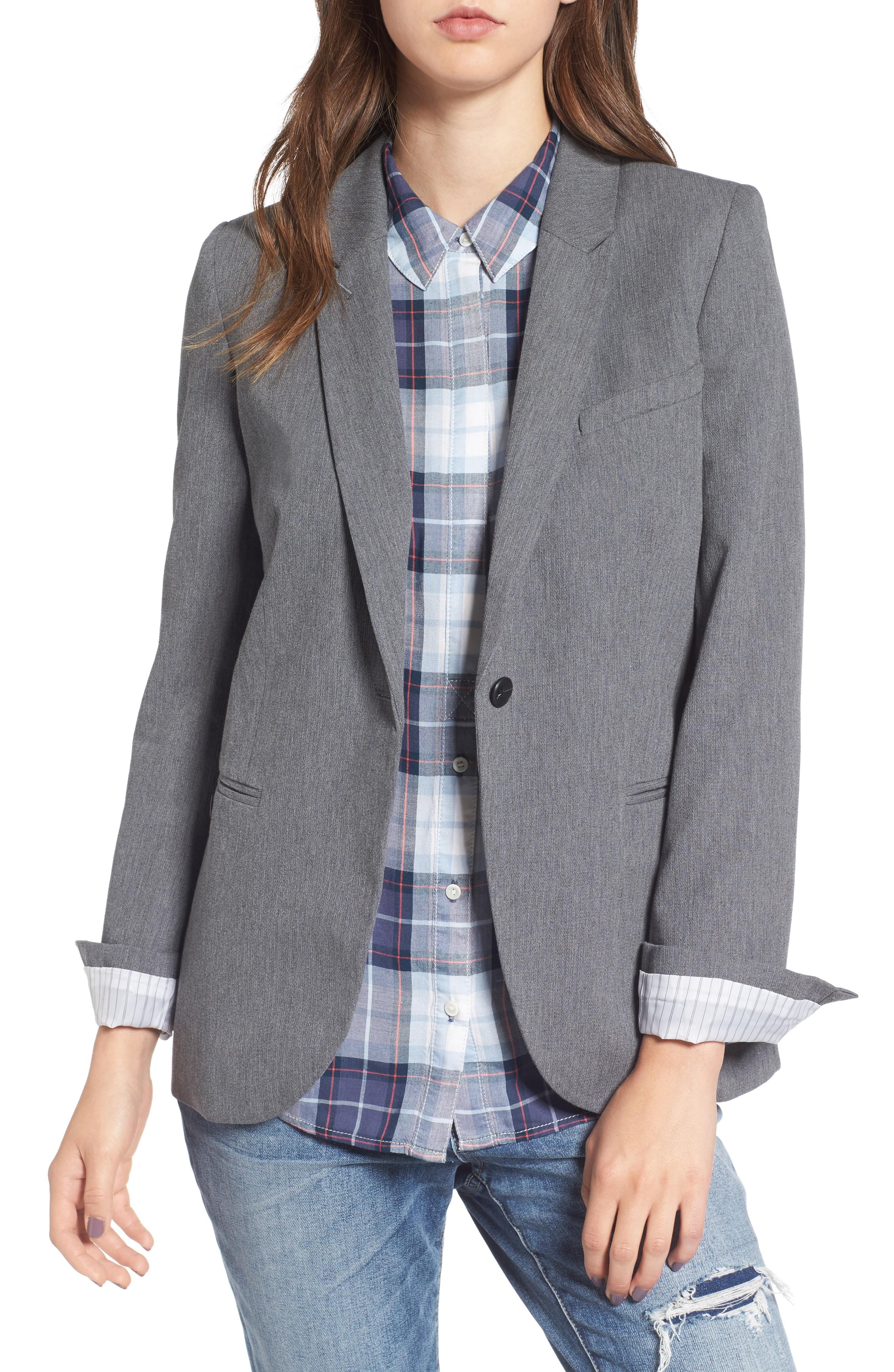 d08ba99cf55 A classic gray blazer. Everyone who doesn t wear black often needs one.  )