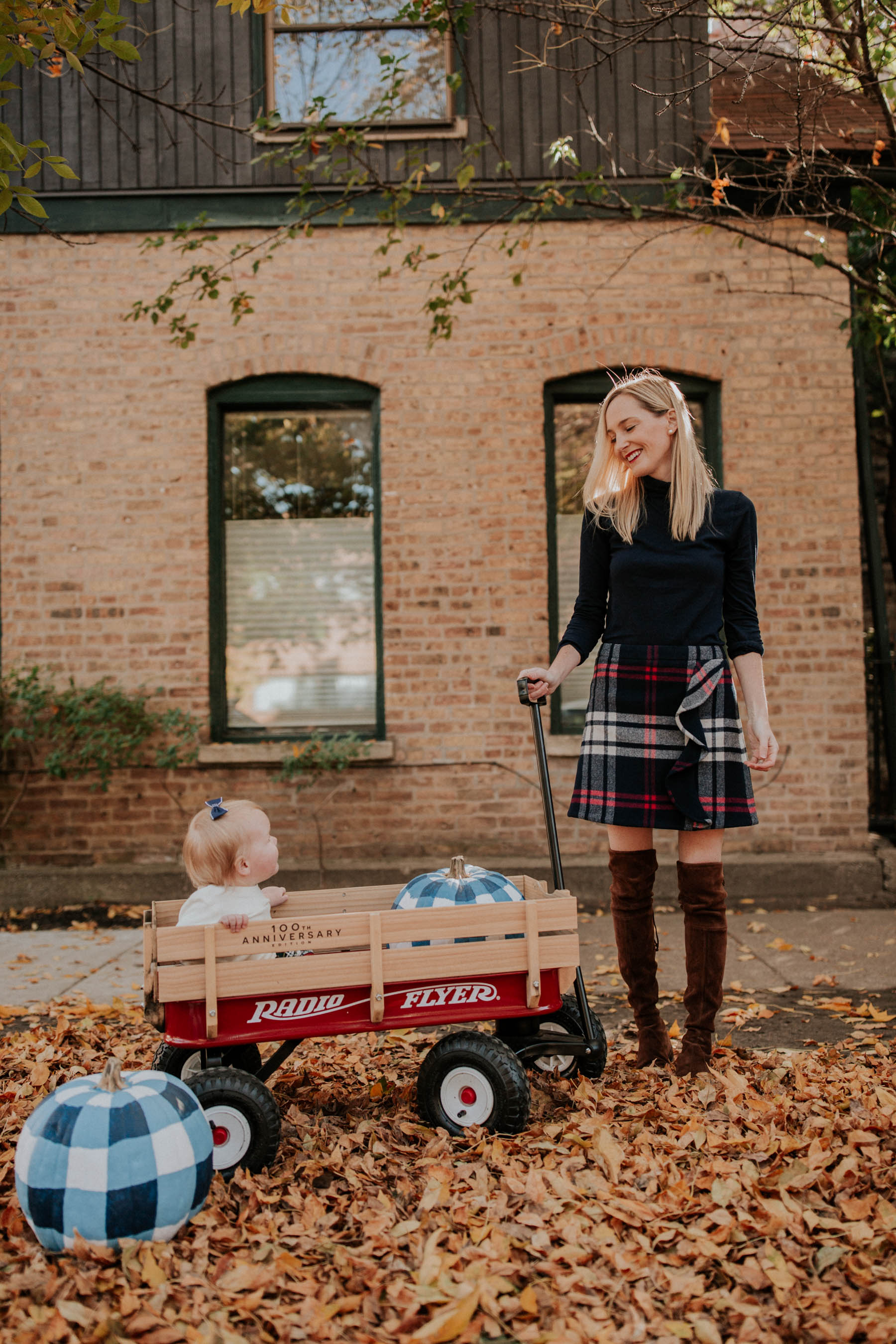 Kelly in the City and Gingham Pumpkins