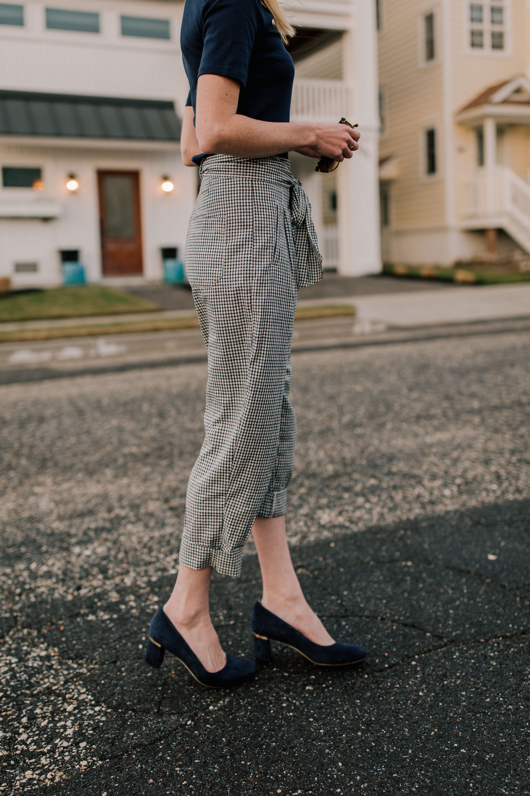 Kate Spade Pumps and Navy Trousers: Friday night down at the shore