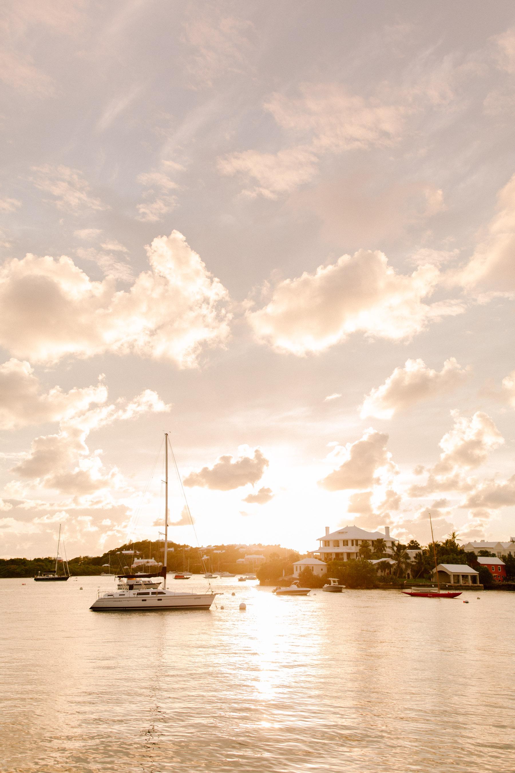 Bermuda - Kelly in the City