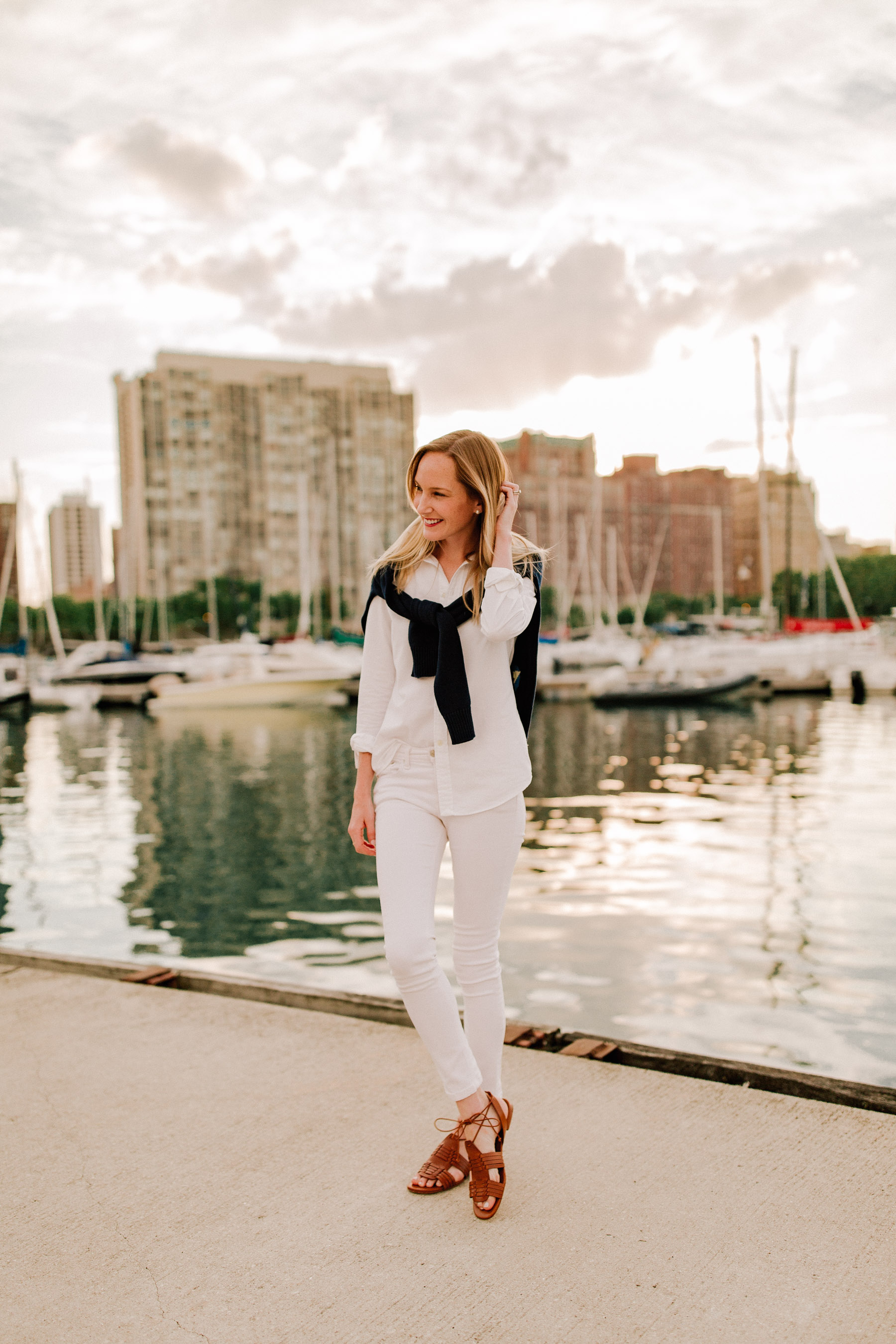 Boat Cotton Rollneck Sweater / Knit Cotton Oxford Shirt / Leather Vachetta Sandals / Leather Lennox Bag - Kelly in the city