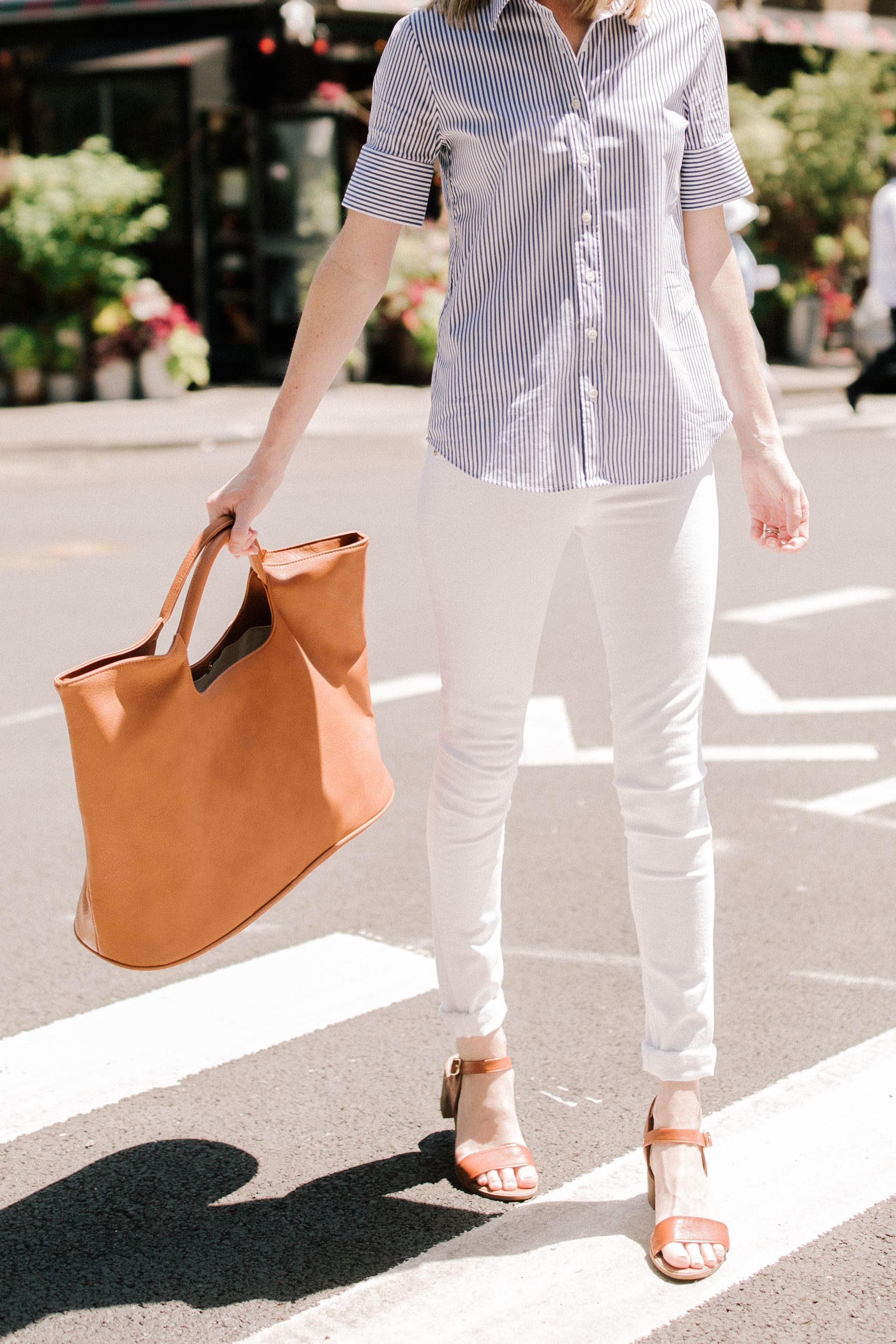 COGNAC ALEXA TOTE BY TOSS DESIGNS - Kelly in the City