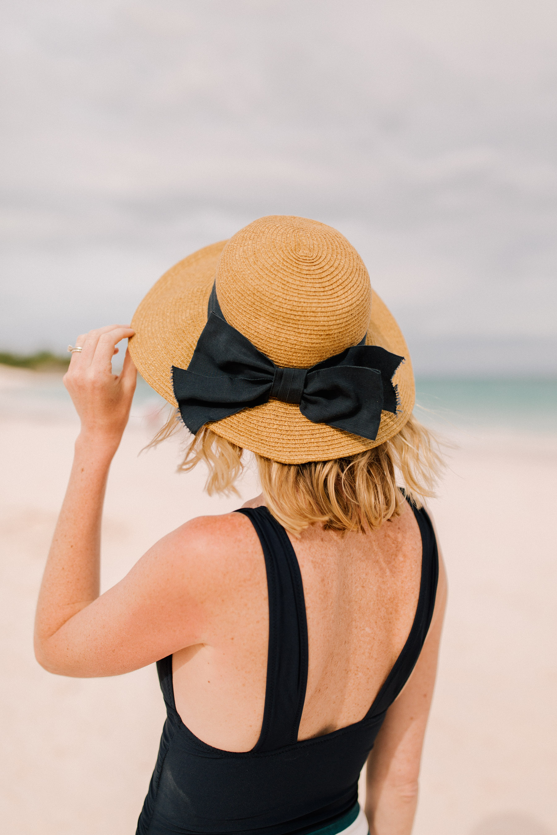Packable Bow Hat- Tuckernuck
