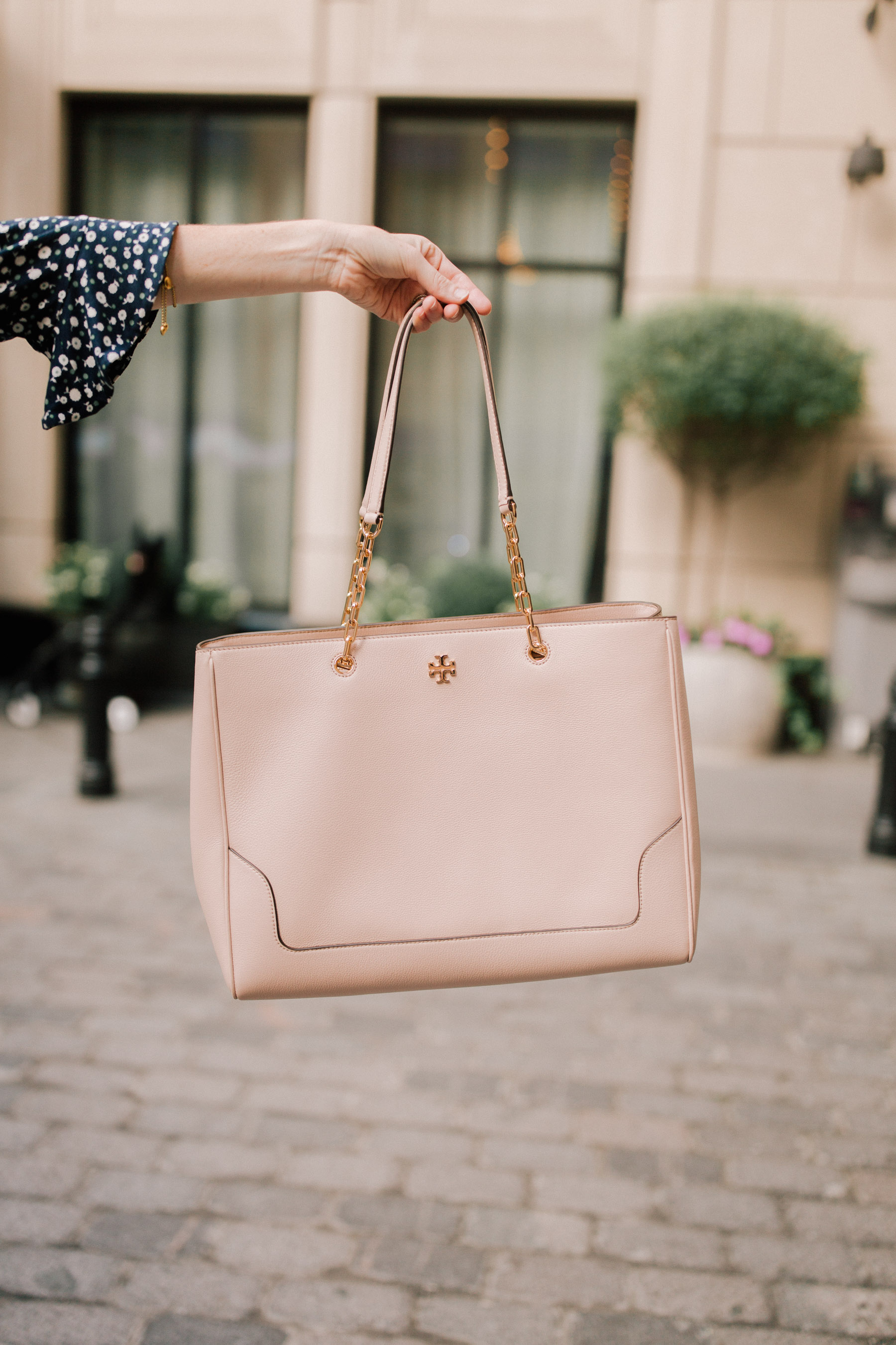 Tory Burch Marsden Leather Tote Review Kelly In The City
