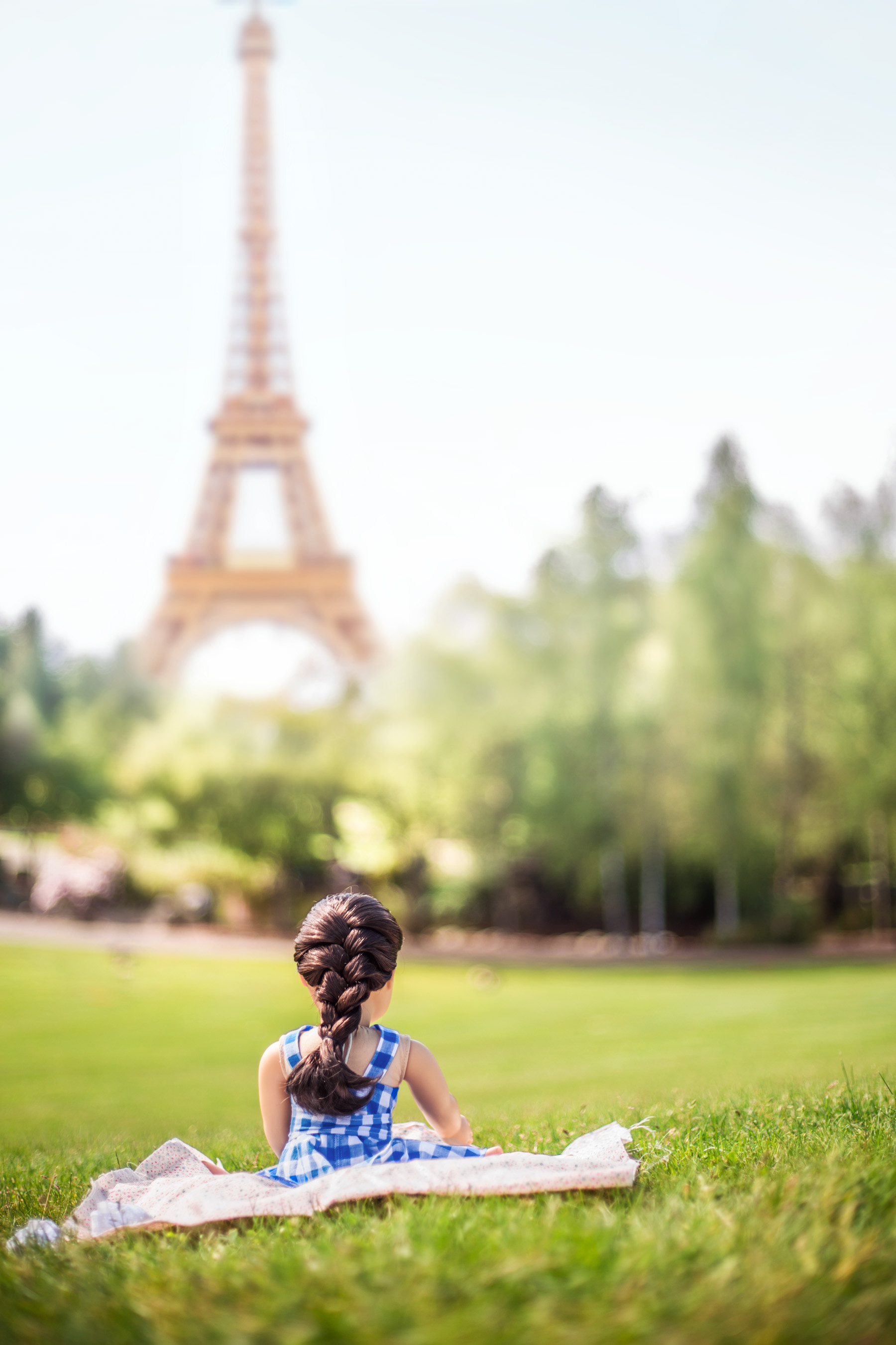 Paris American Girl Doll | Kelly in the City