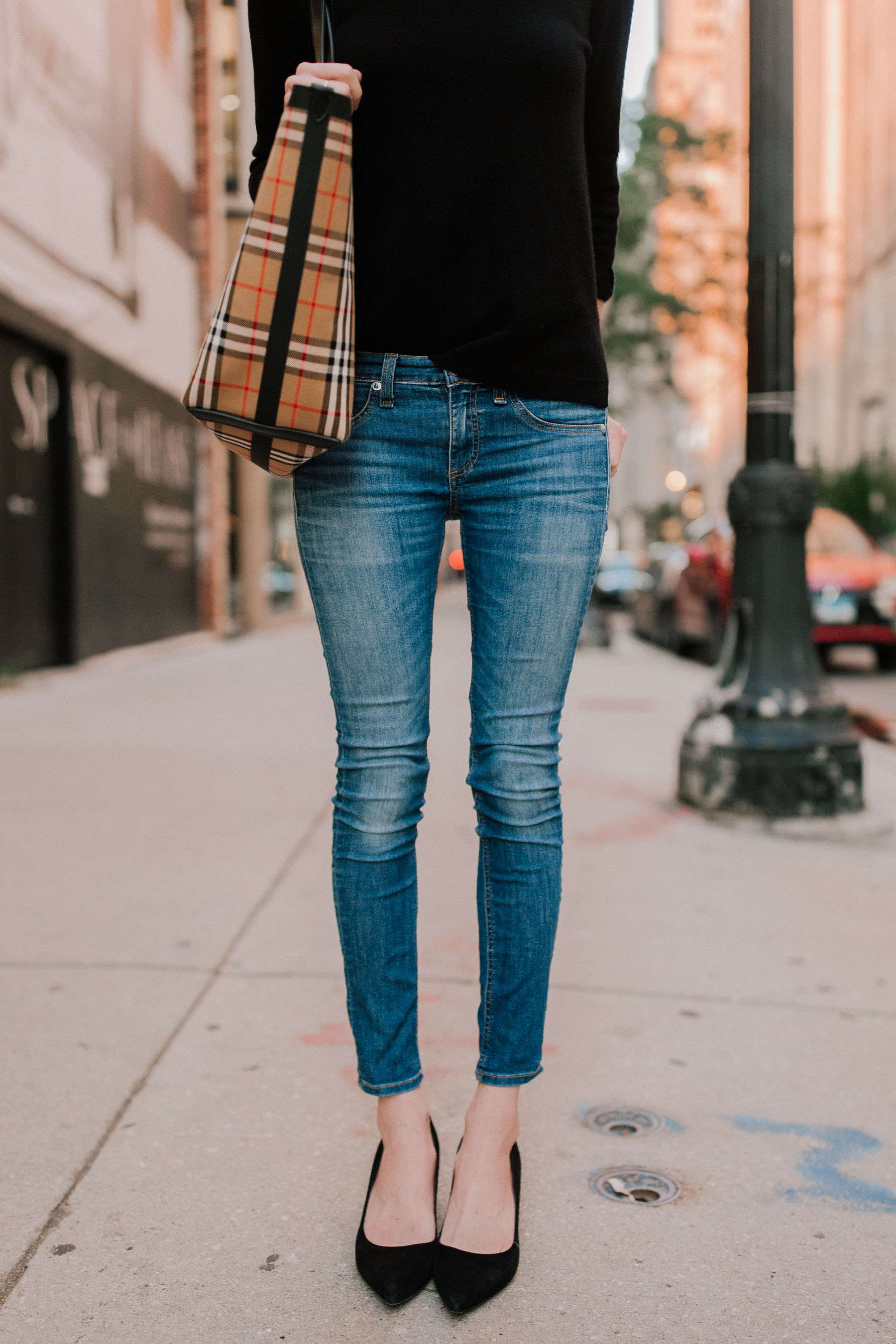 Rag & Bone Jeans / Kate Spade Pumps / Burberry Tote /  Black Cashmere Sweater - Kelly in the City