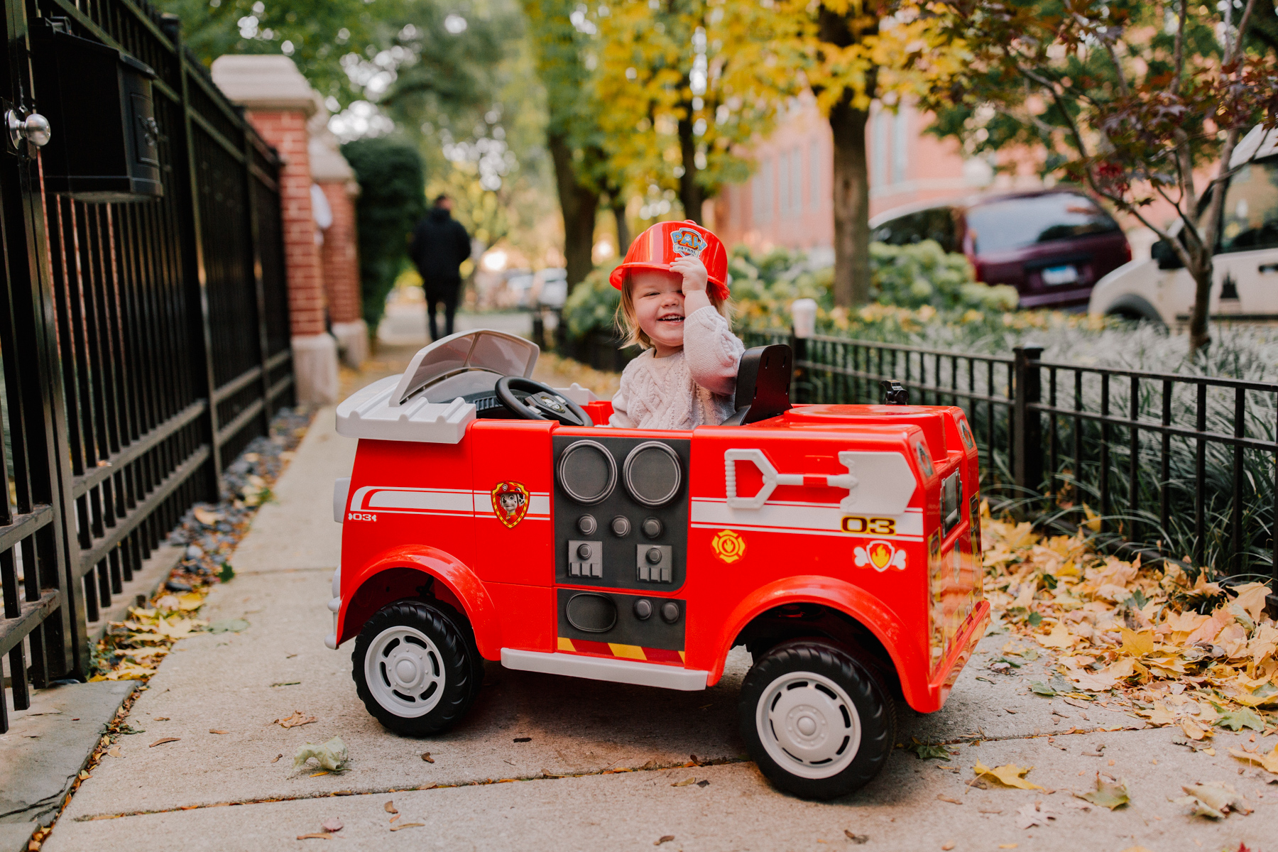 Paw Patrol Fire Truck 6 Volt powered Ride On Toy by Kid Trax, Marshall rescue - Emma Larkin