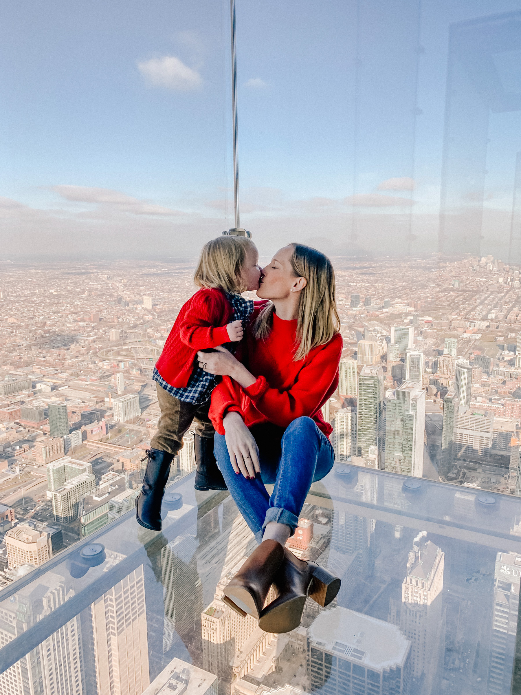 Meeting Santa on the Willis Tower Skydeck