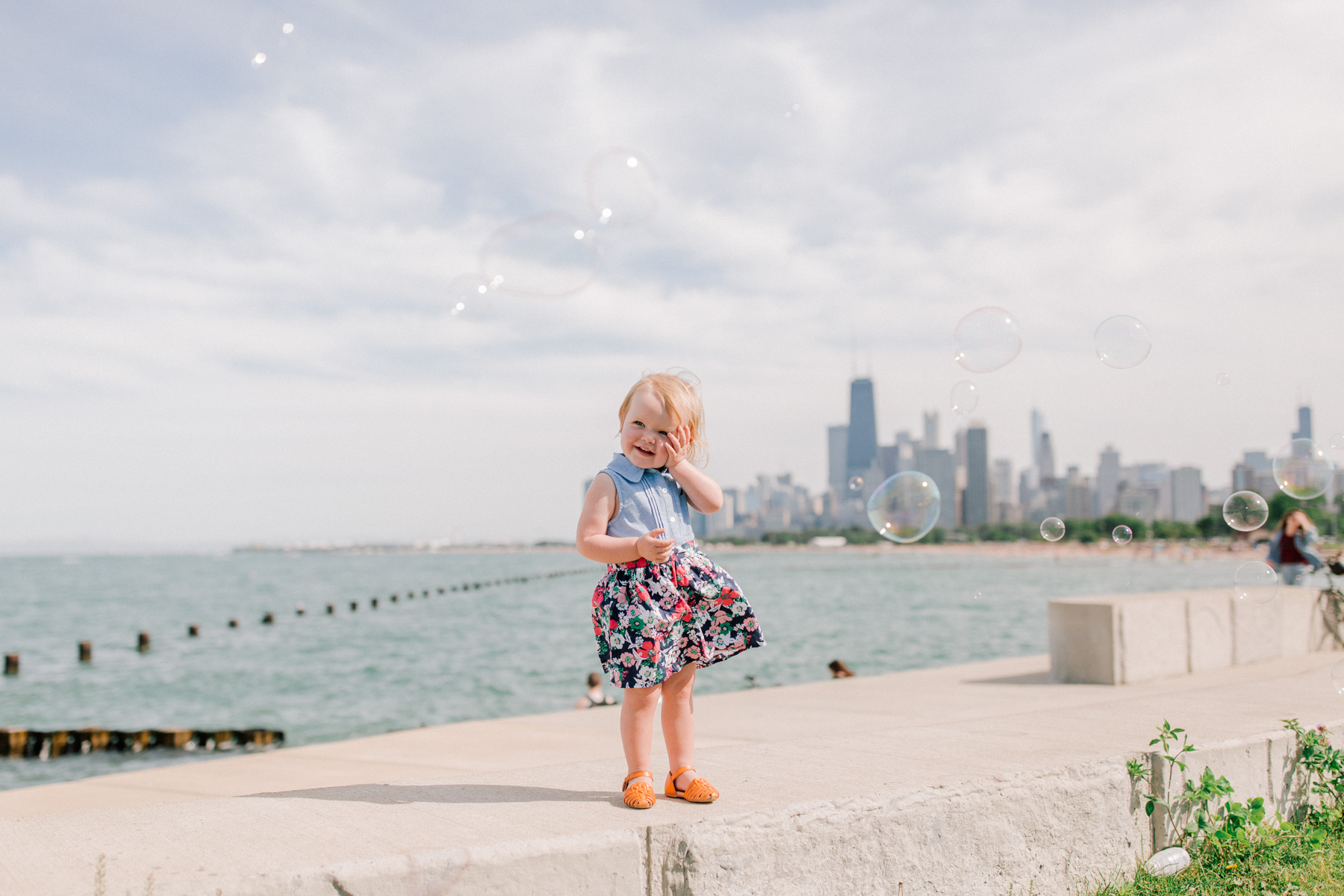 Pretty Photos of Bubbles on the Lake
