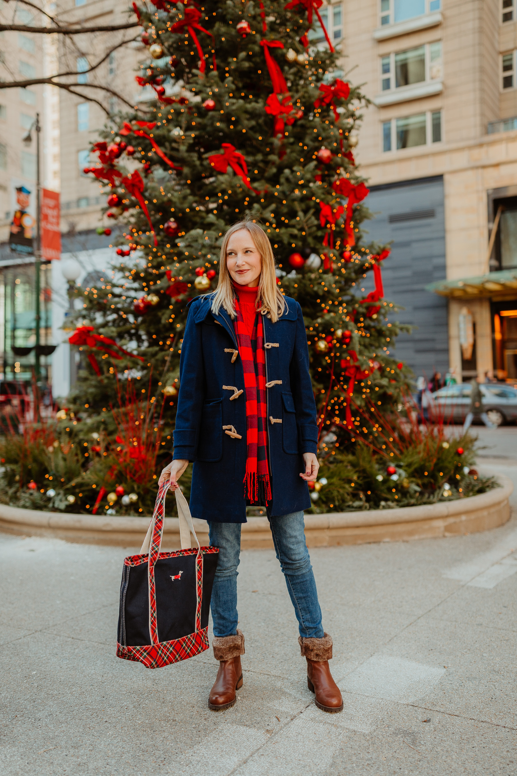 Navy Duffle Coat(On sale!)/ Cable-Knit Turtleneck Sweater / Fur Booties / Buffalo Plaid Scarf /Lands' End Plaid Dachshund Tote c/o /Skinny Jeans(I'm wearingthe maternity version, though.)