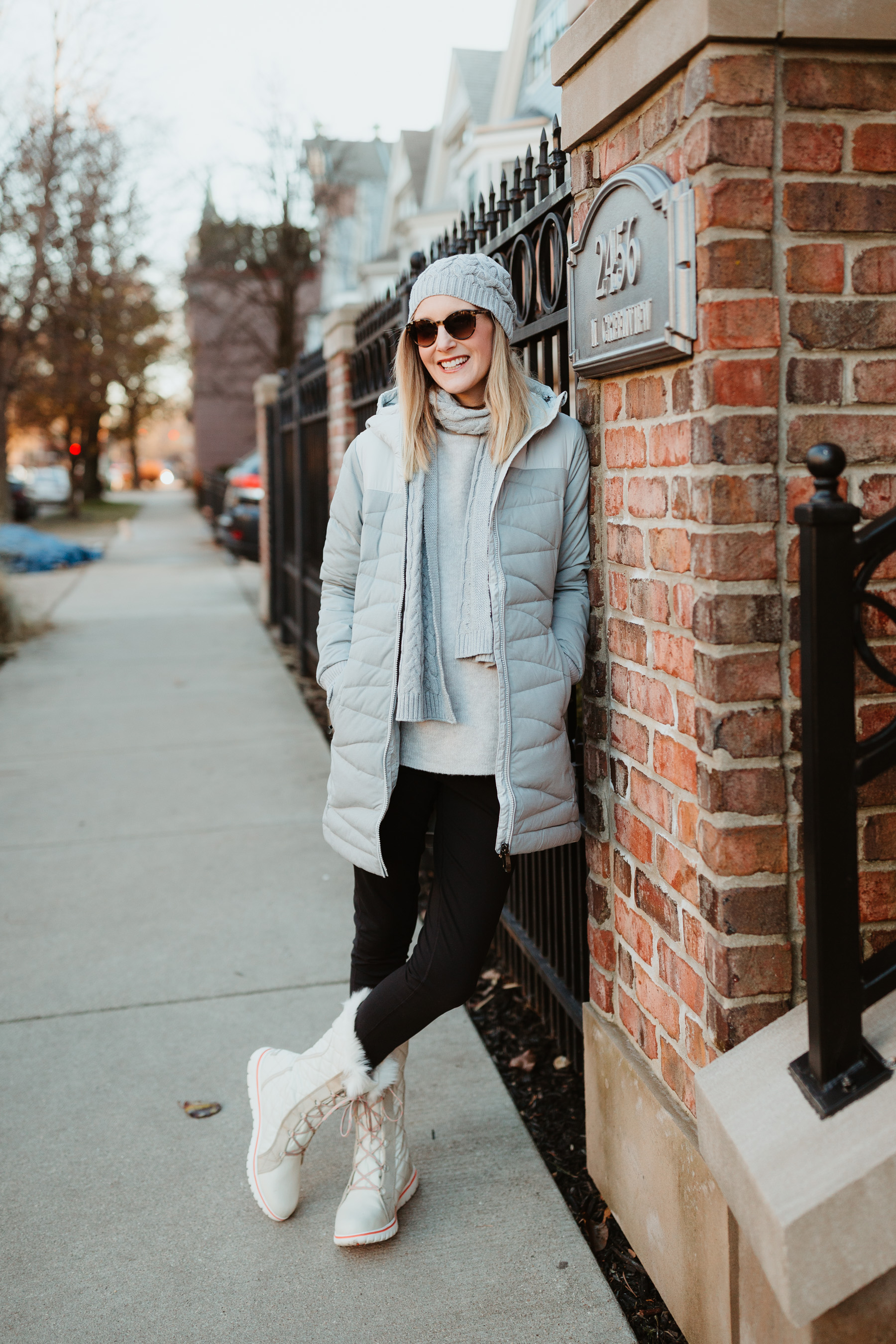 "On Kelly: Lolë ""Faith"" Jacket, Cable-Knit Hat and Scarf Set, Flore Sweater, Low-Rise Motion Leggings"