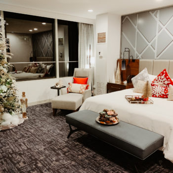 Swissotel Chicago Santa Suite