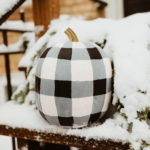 how-to-paint-buffalo-plaid-pumpkins-tutorial-DIY1