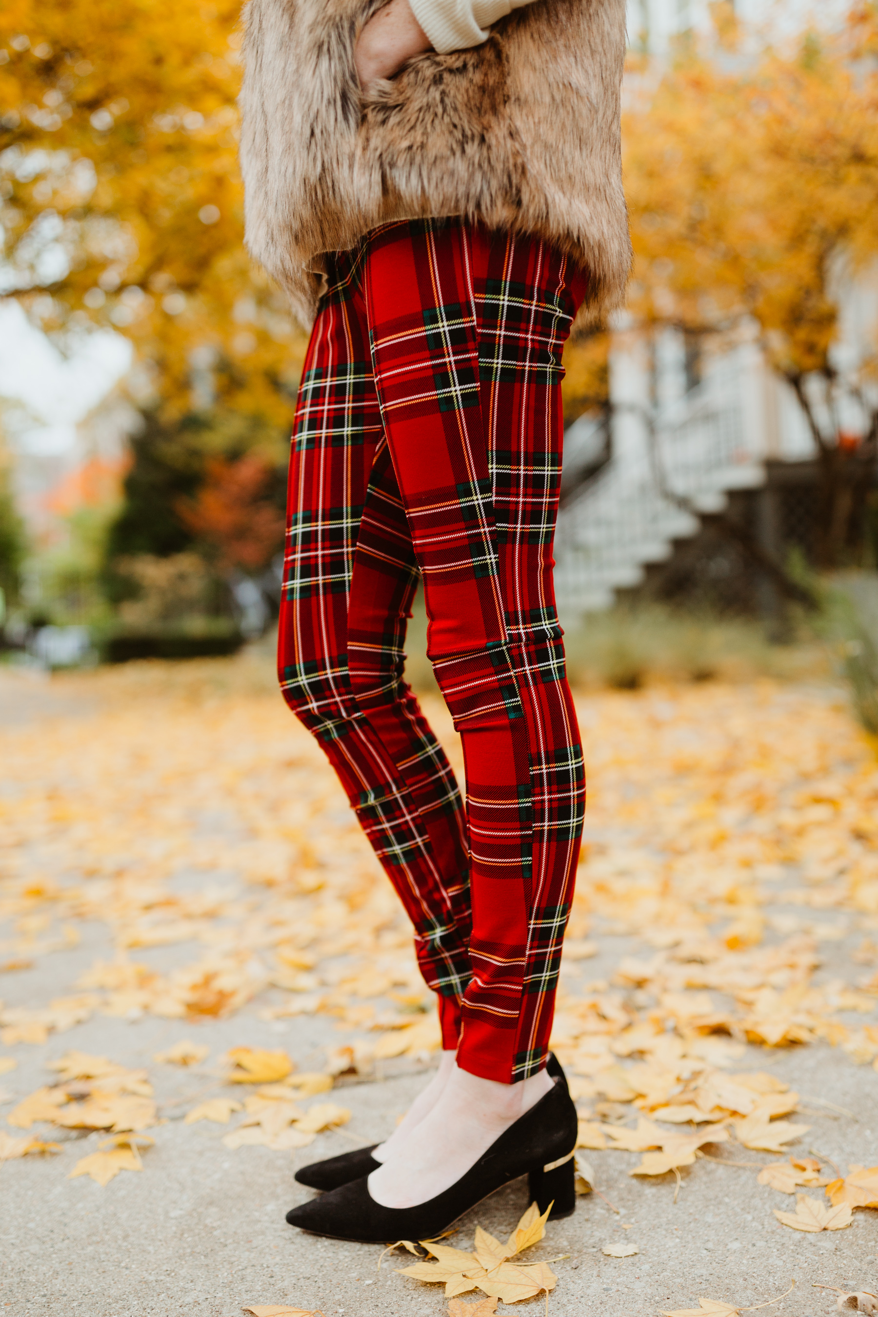 The Old Navy Seamed Ponte Pants/Leggings That Come in Tons of Colors and are AMAZING