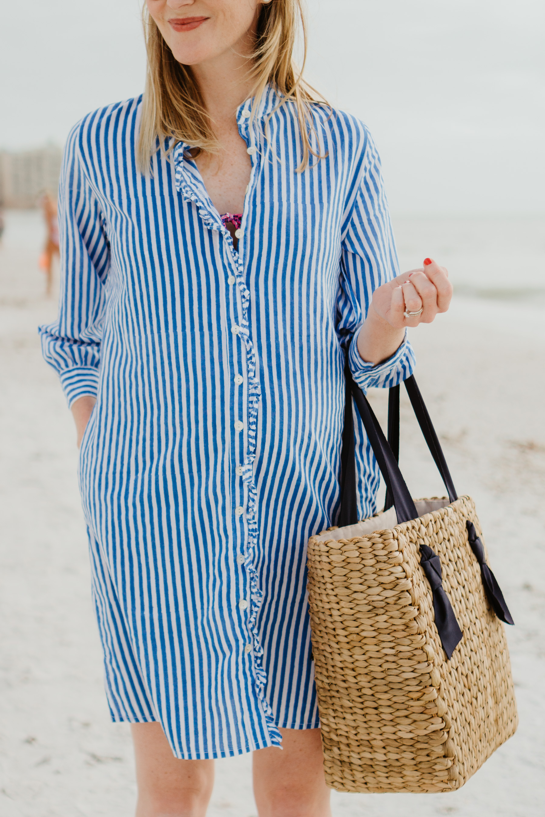 Long striped shirt and woven bag