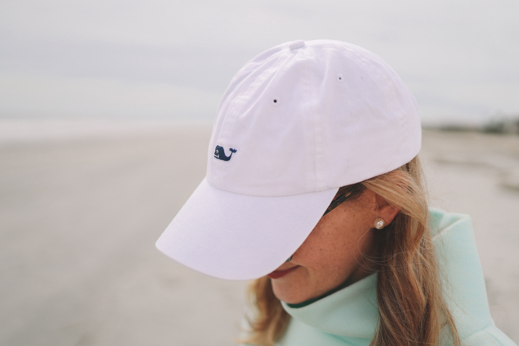 White Vineyard Vines Hat