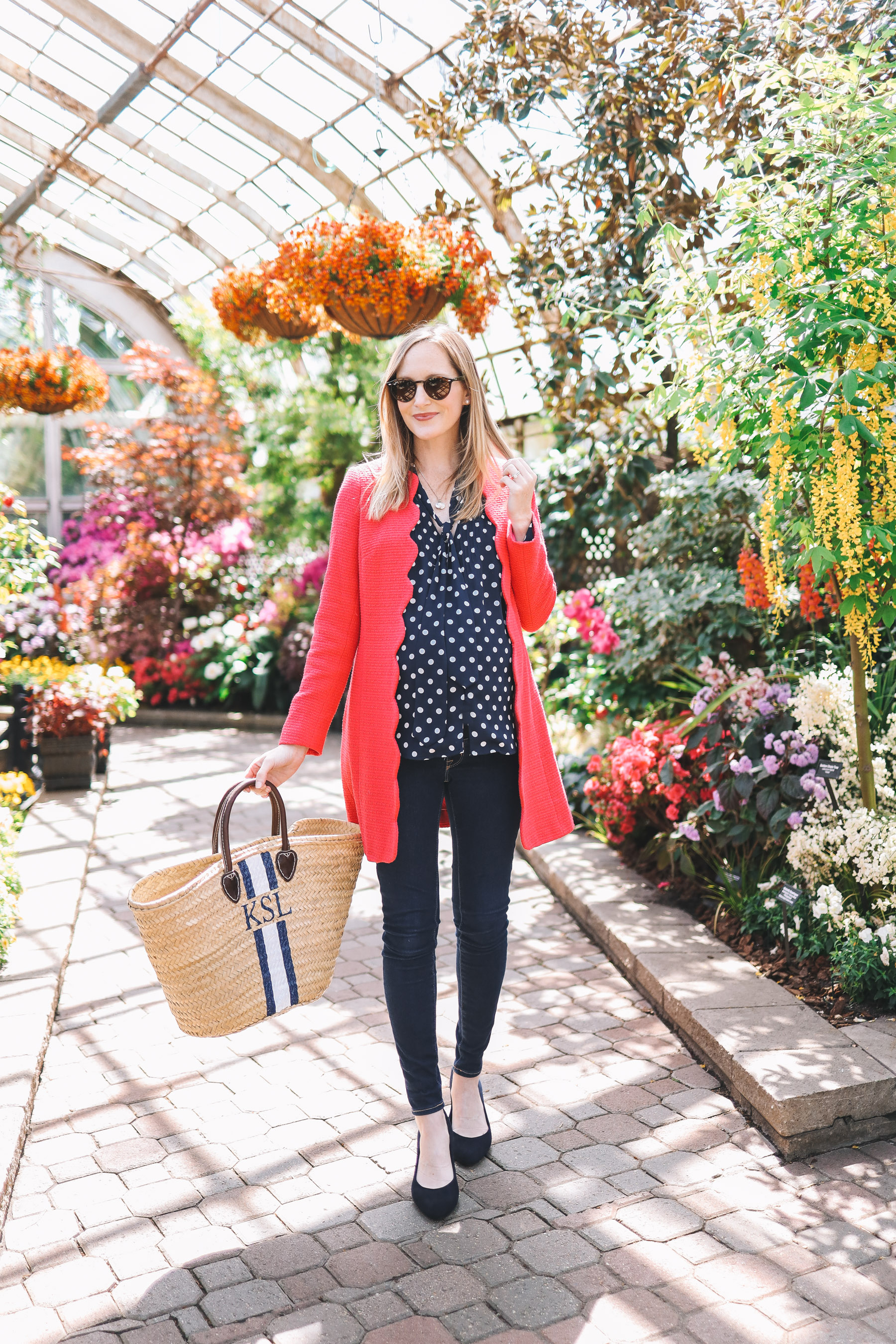 Kelly Larkin's outfit details: Scalloped Coat / Evolve Navy Pumps c/o / Mark & Graham Hand-Painted Tote / Newer J.Crew Polka Dot Machine-Washable Top / Mark & Graham Stamped Initial Necklace / Ray-Ban Sunglasses / Old Navy Rockstar Jeans