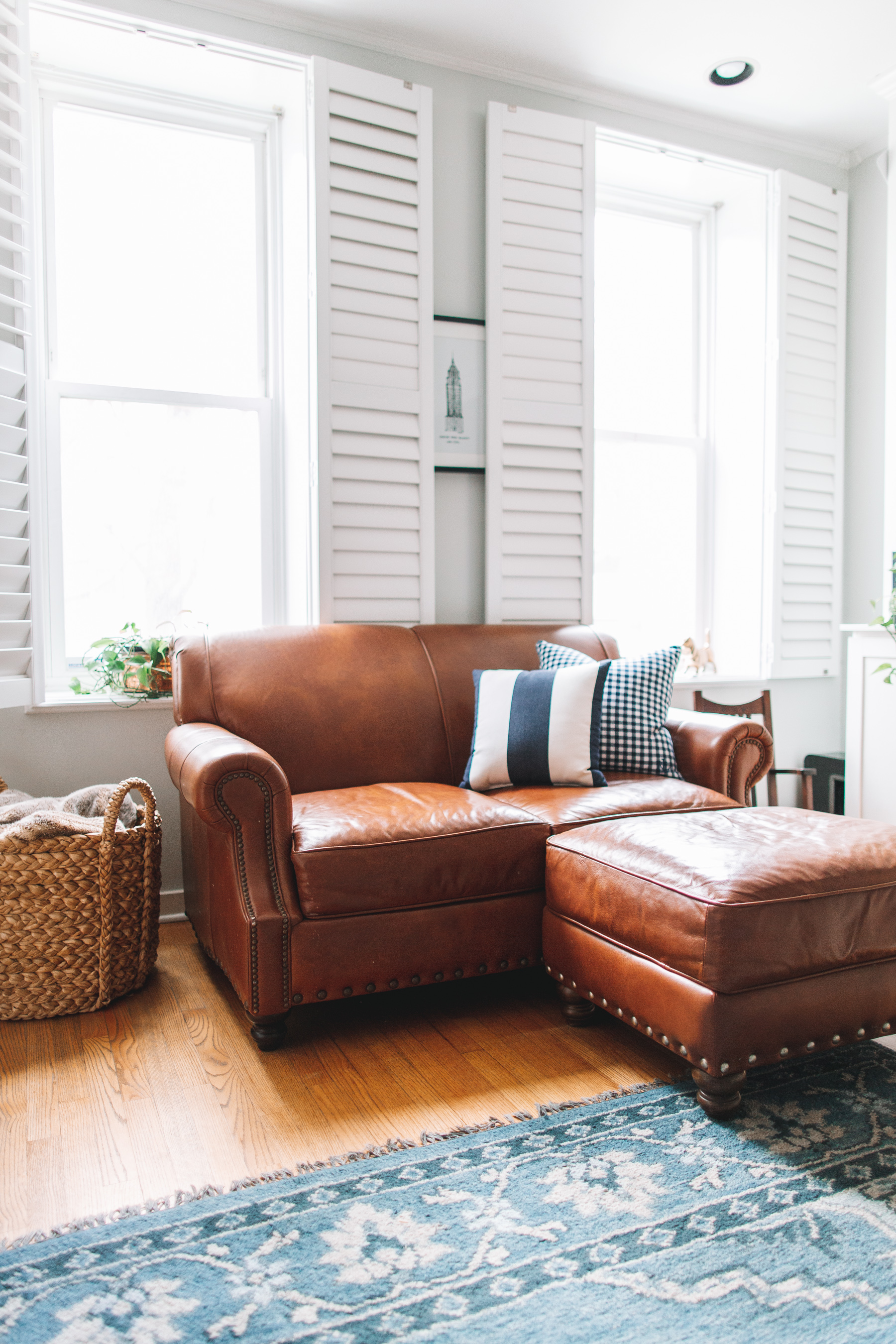 birch lane landry leather sofa review