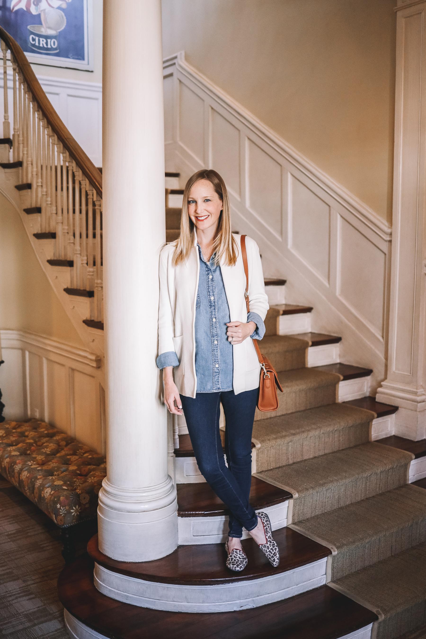 Kelly is wearing J.Crew Sophie Sweater Blazer