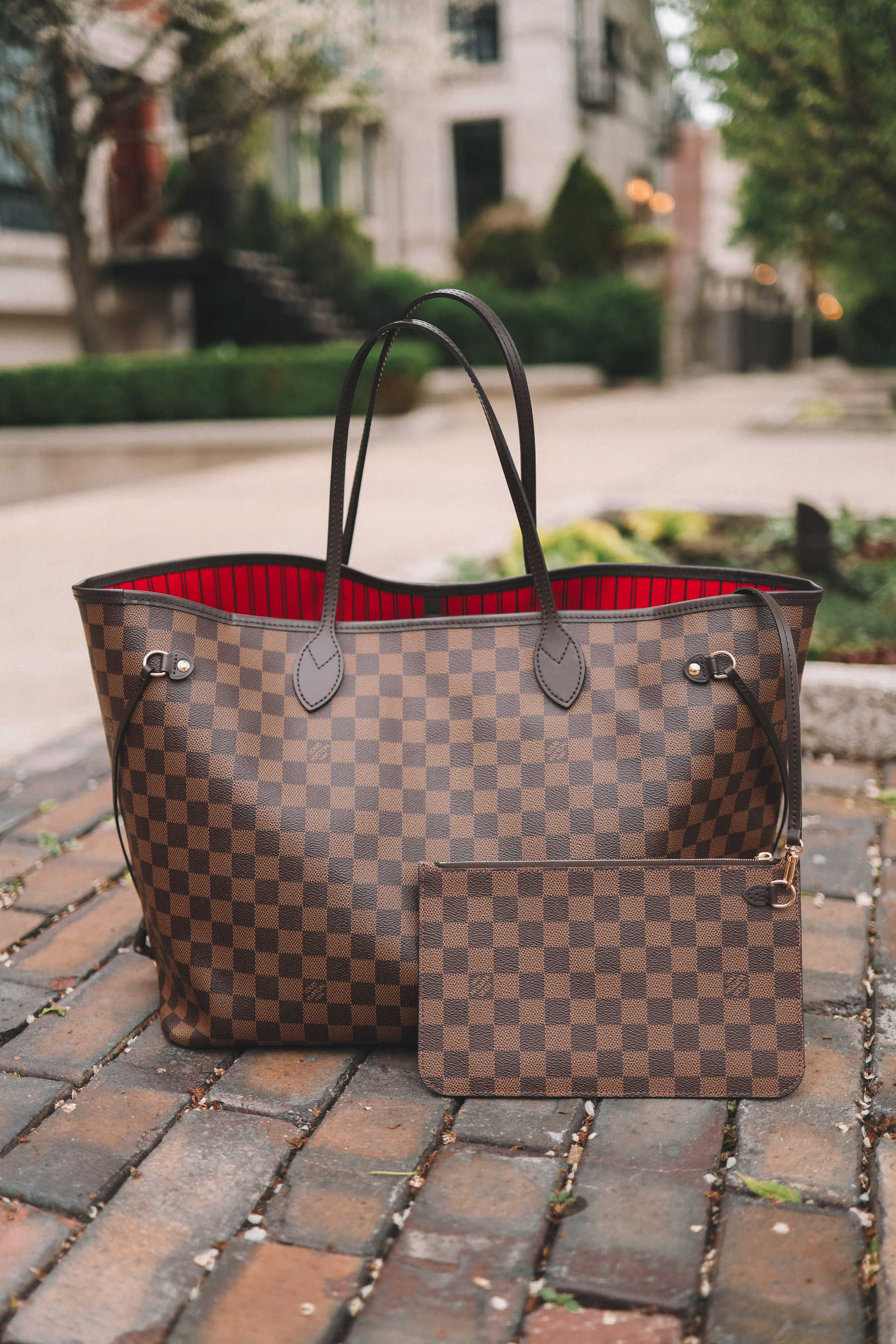Louis Vuitton Neverfull Tote review