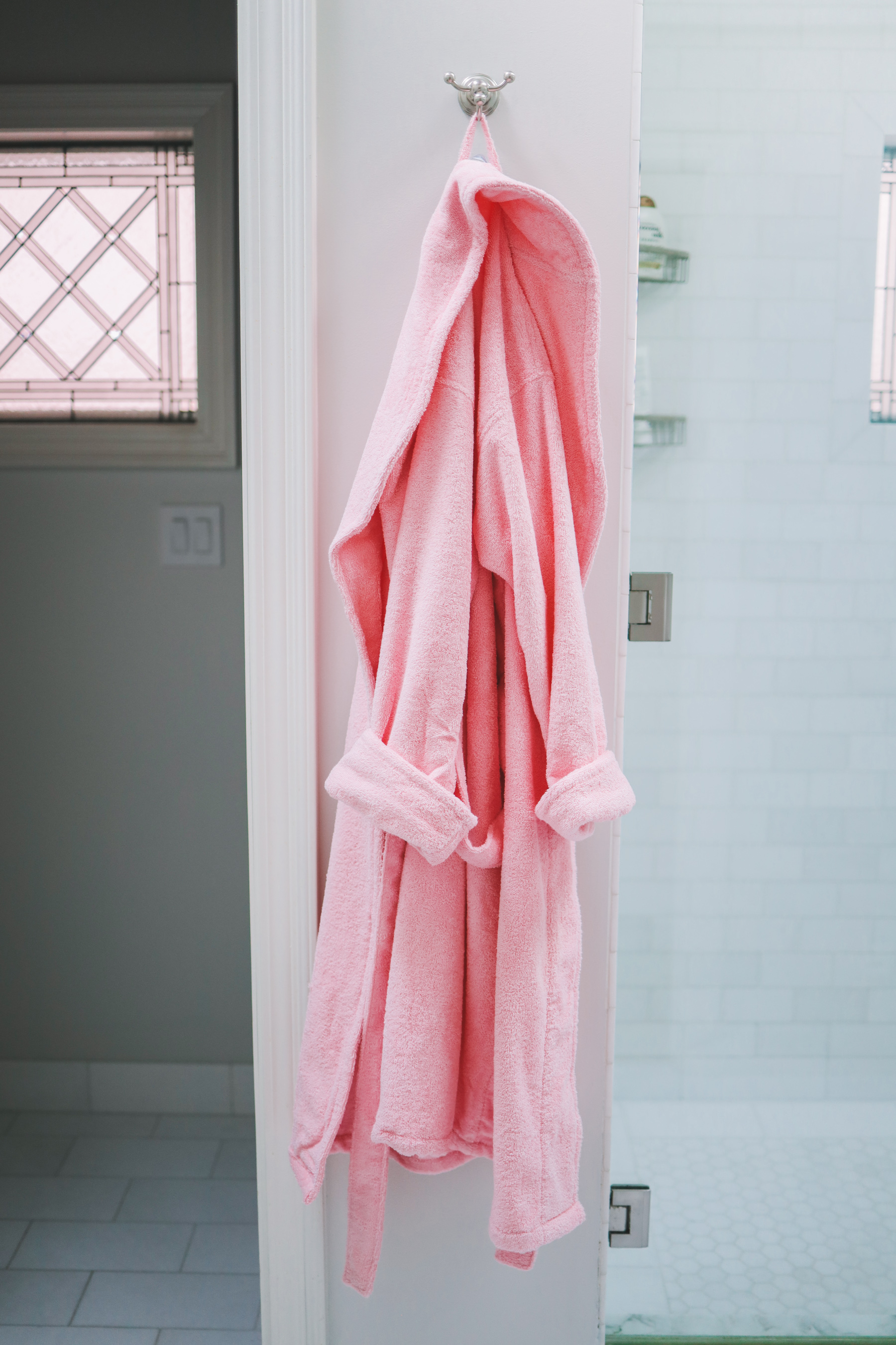 Preppy Gifts for New Moms - Cotton robe