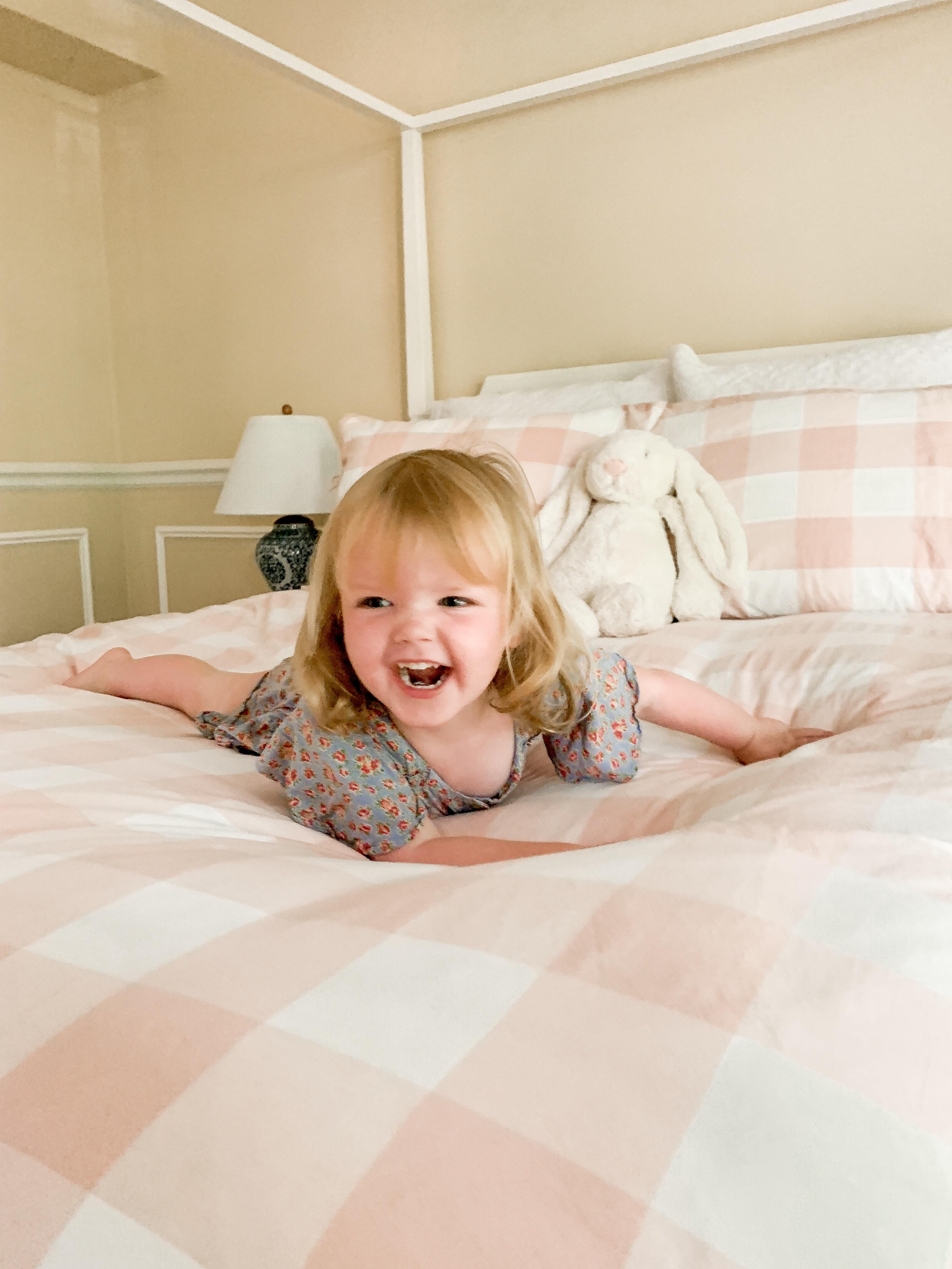 Preppy Little Girls' Room Ideas - Kelly in the City
