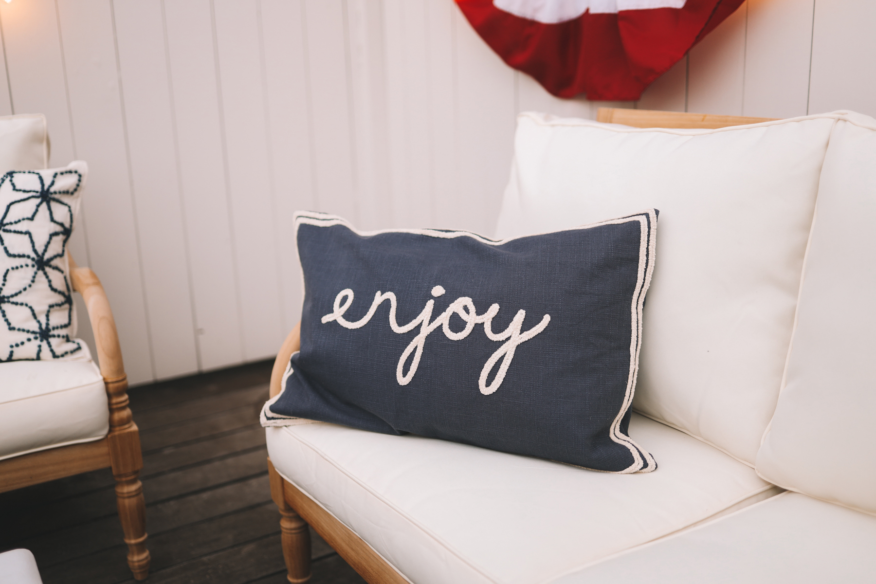 enjoy pillow