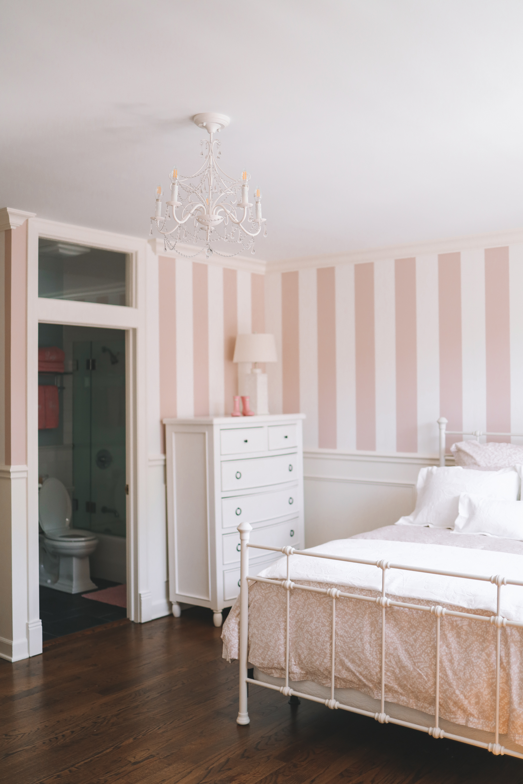 Preppy Girls Room - Lucy's pink and white bedding