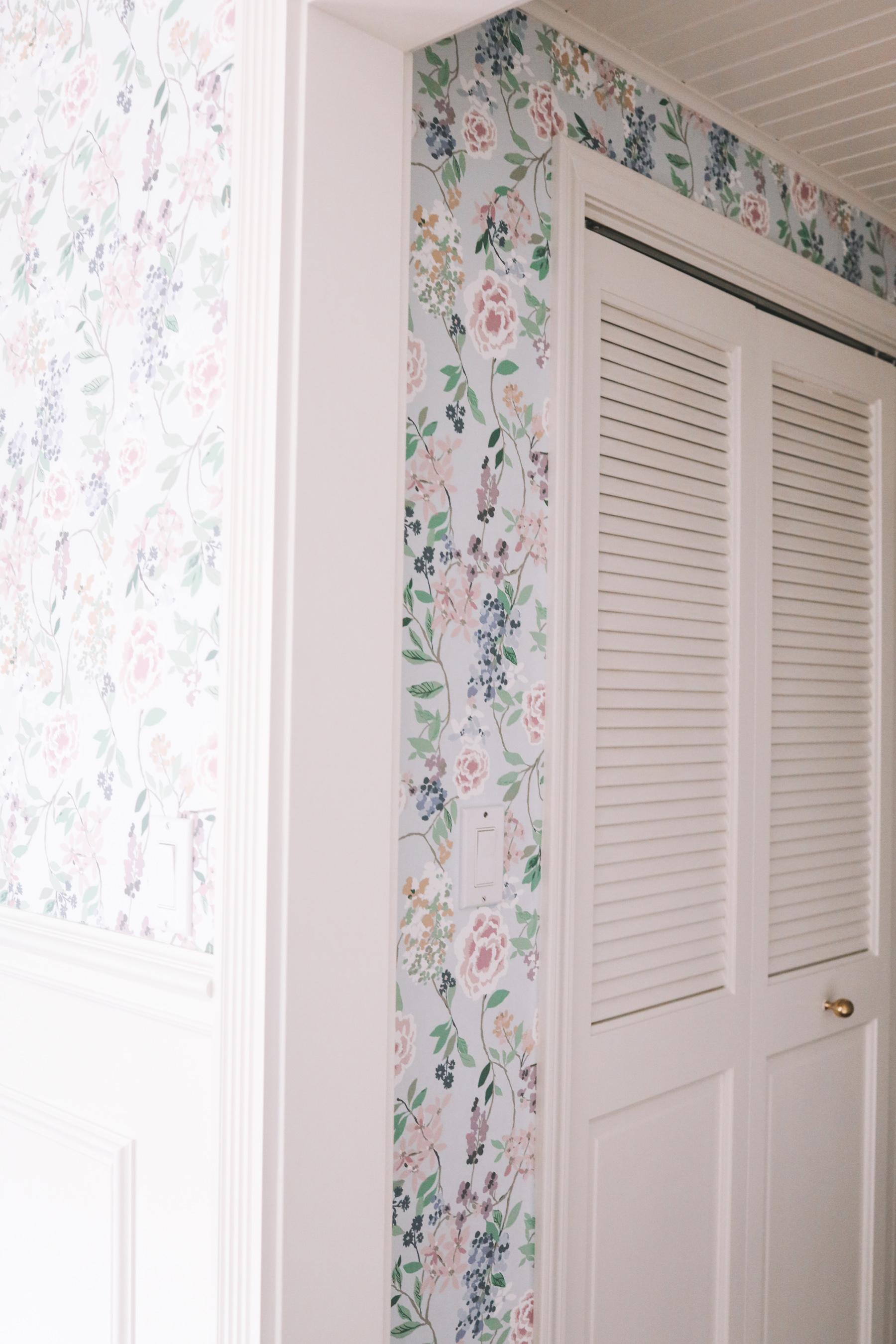 Brooke & Lou wallpaper