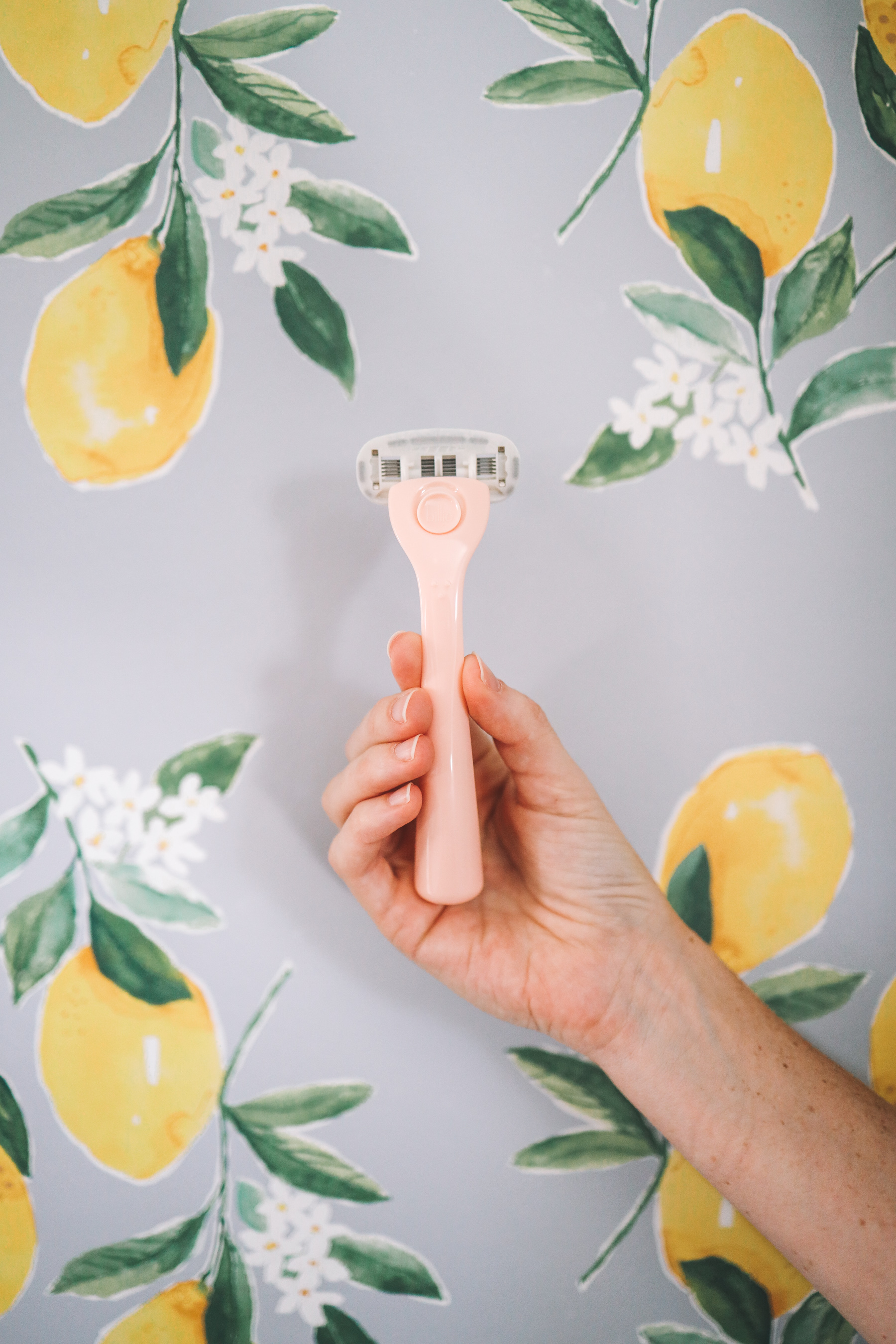 a billie razor and lemon wallpaper