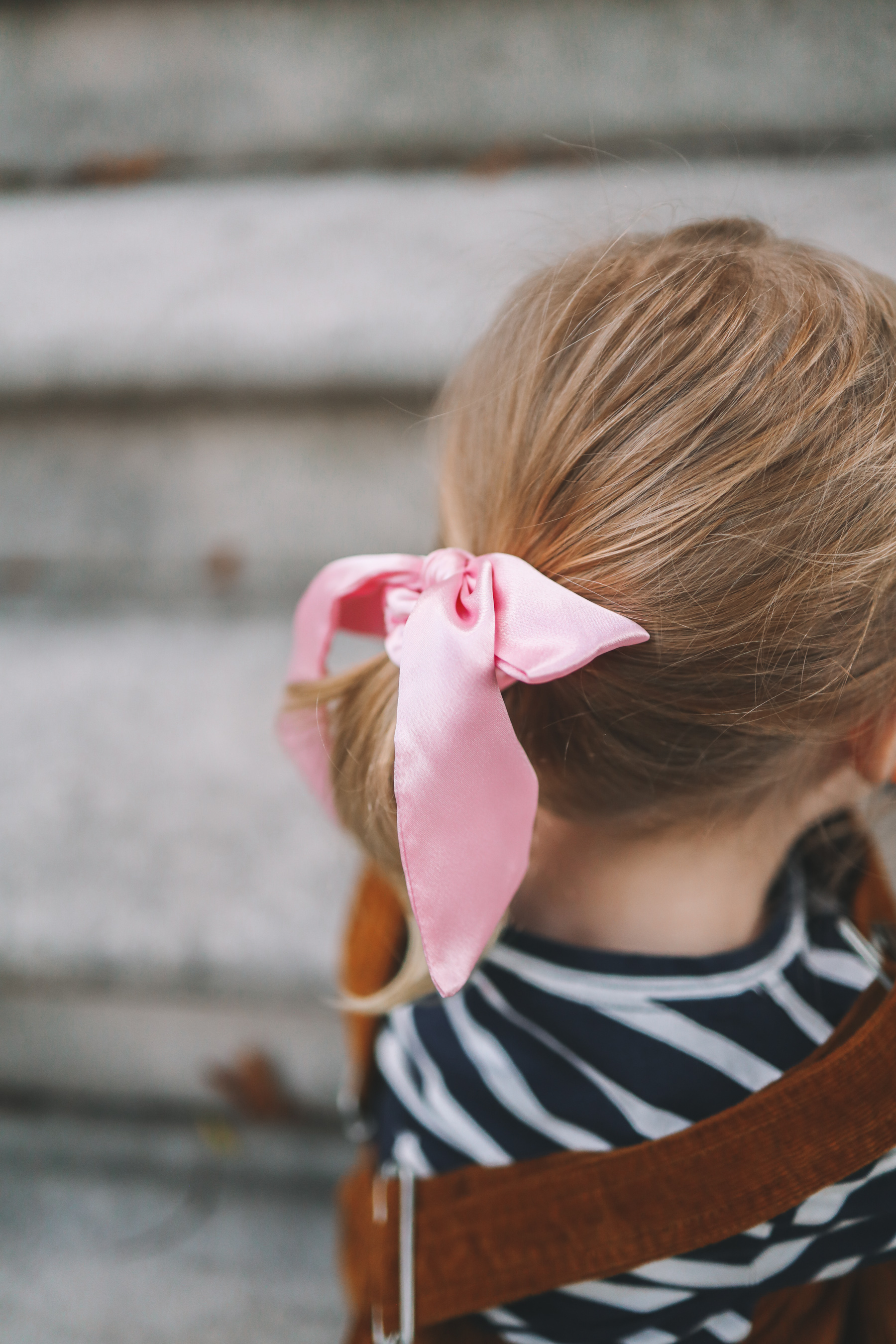 a girls bow for back to school