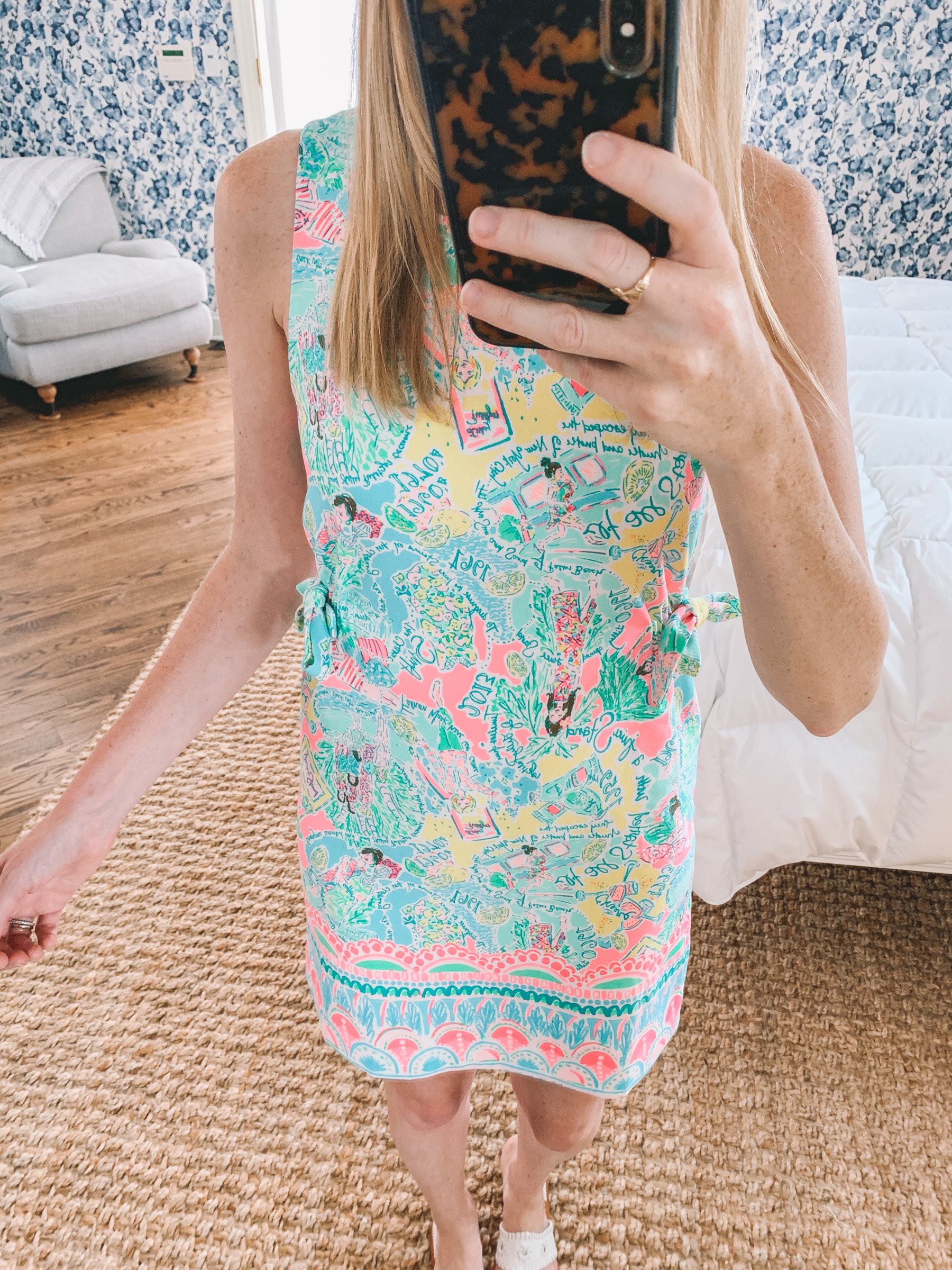 Marli Stretch Shift Dress Print: Multi Pop Up In The Beginning Size: 0 Review: SO CUTE!