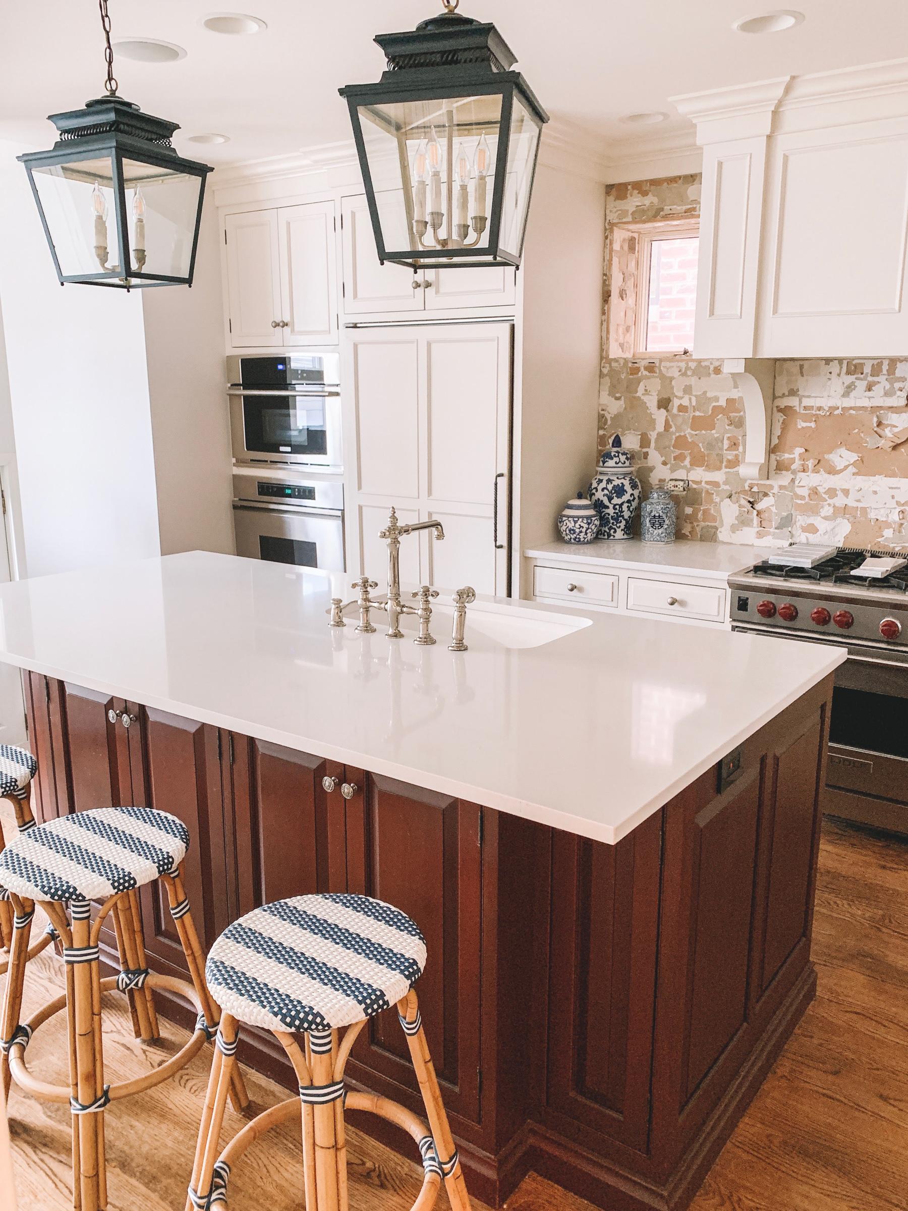 kitchen countertop - after: quartz countertops