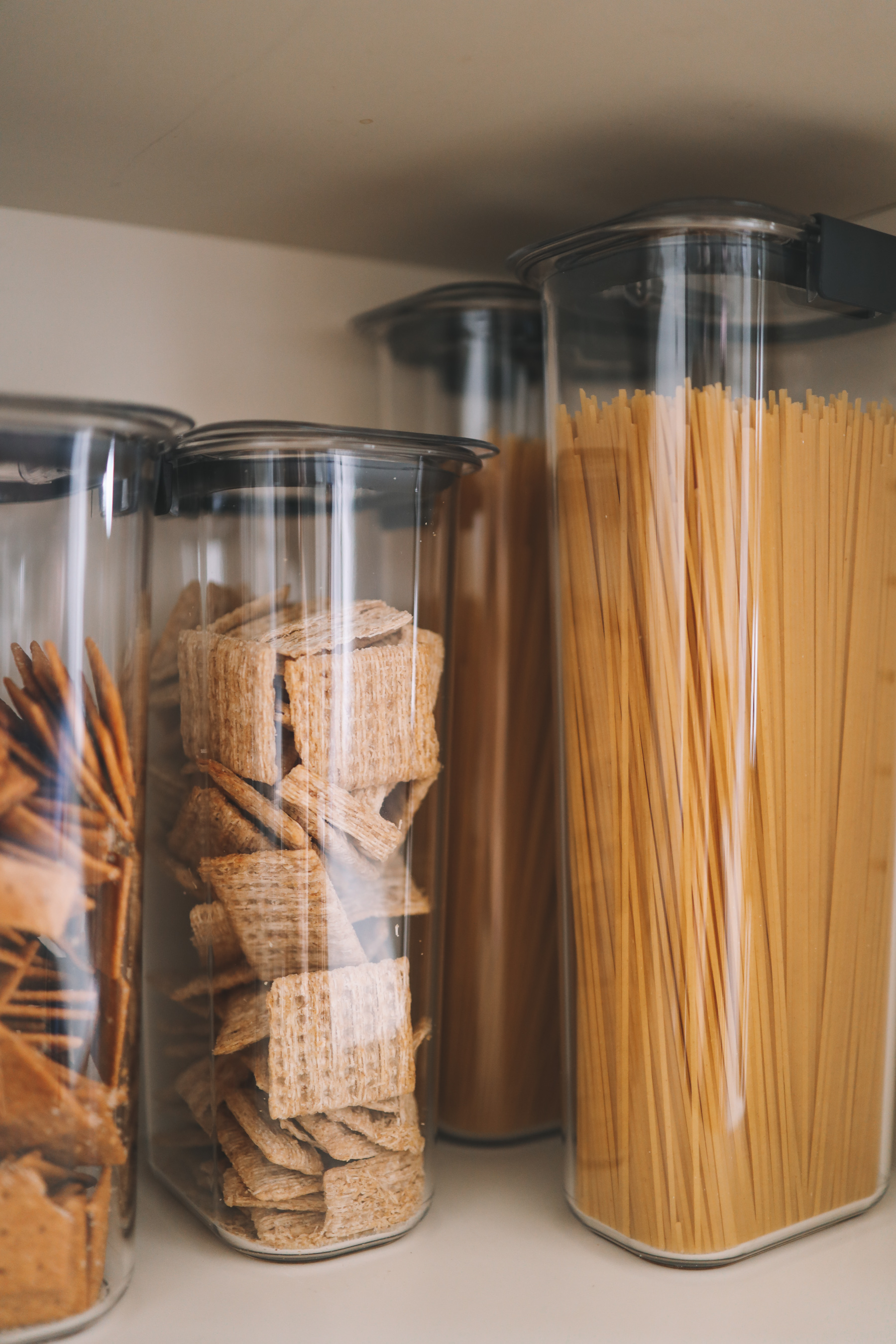 Rubbermaid Affordable Pantry Organization