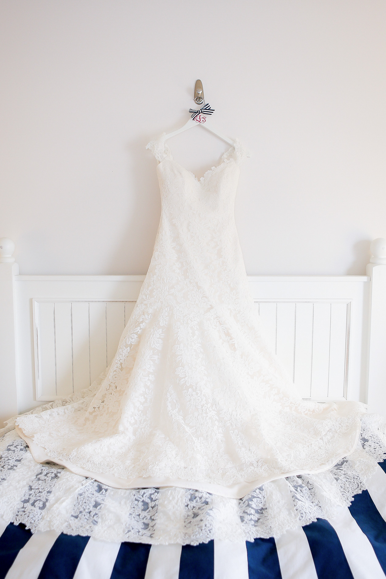 Ramona Keveza wedding dress