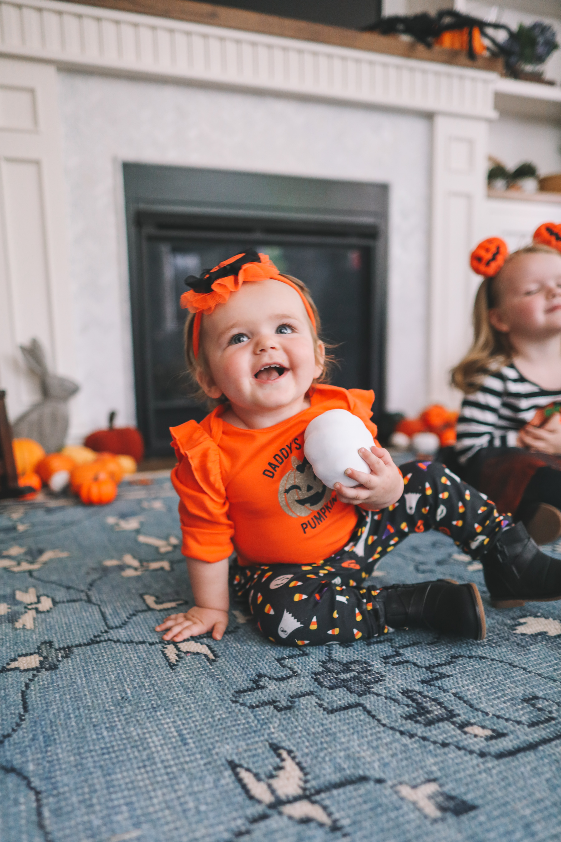 kids' pumpkin theme costumes