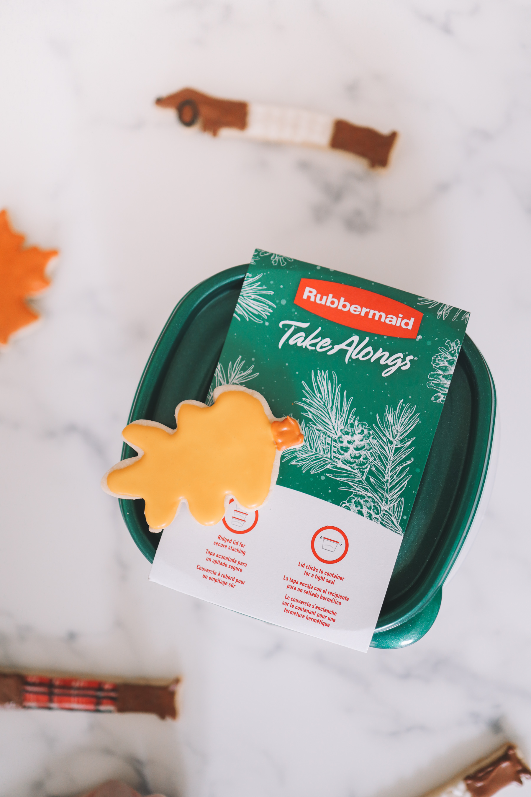 Dachshund + Leaf Cookie Giveaway