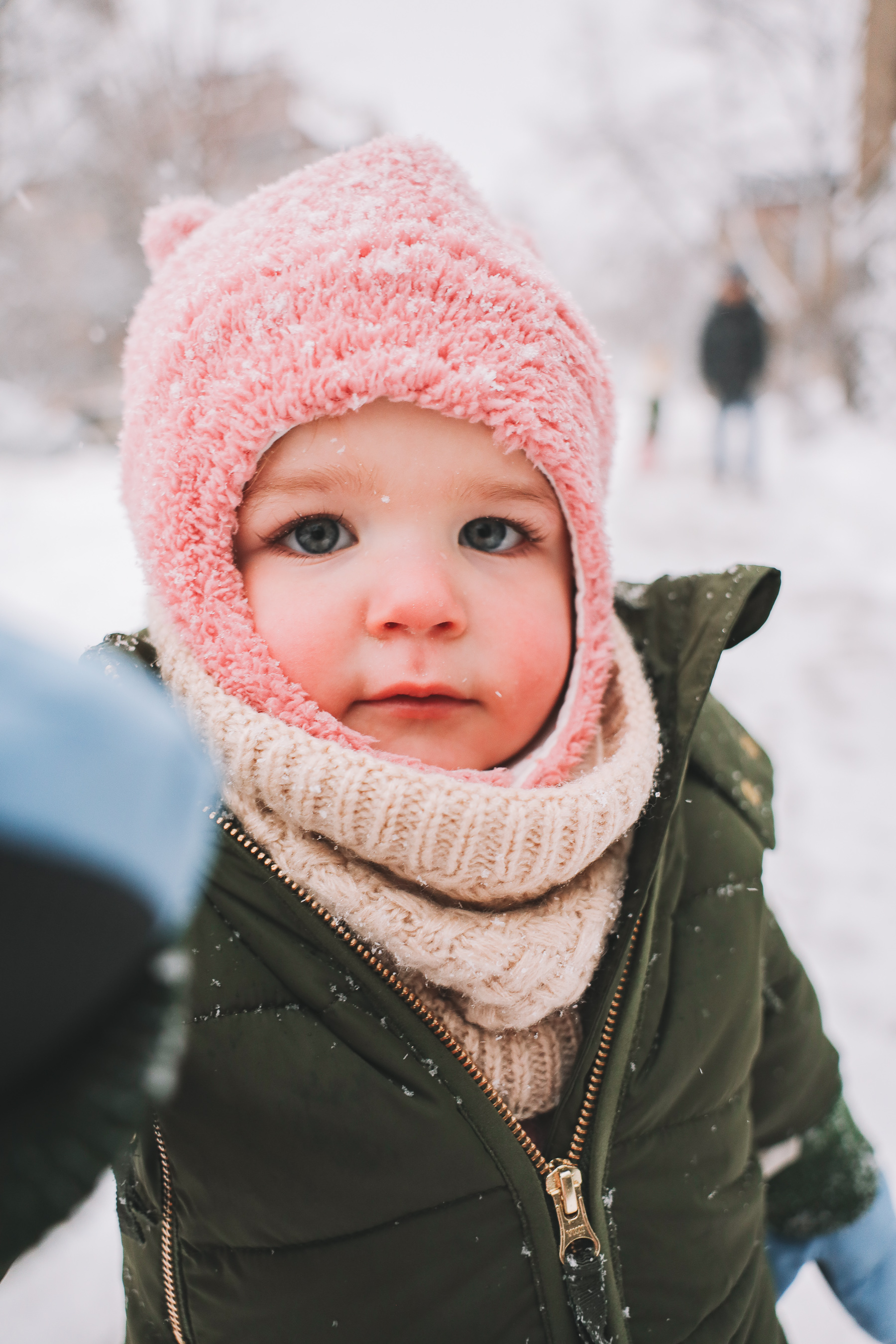 what should baby wear in snow