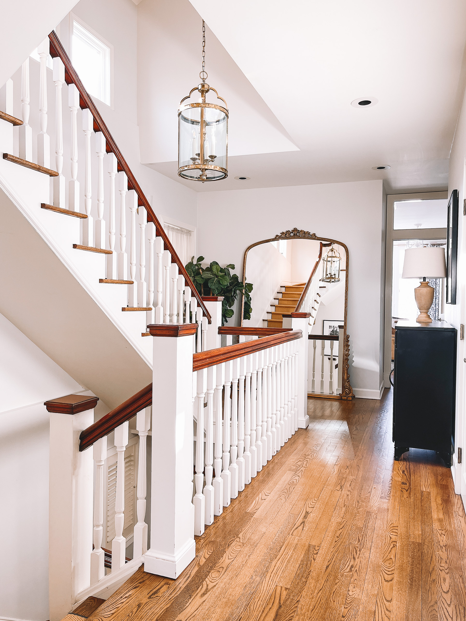 How to Replace Your Stair Runner in Chicago